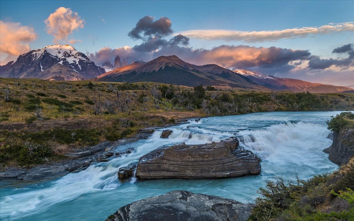 Fondos de pantalla : paisaje montañas cascada puesta de