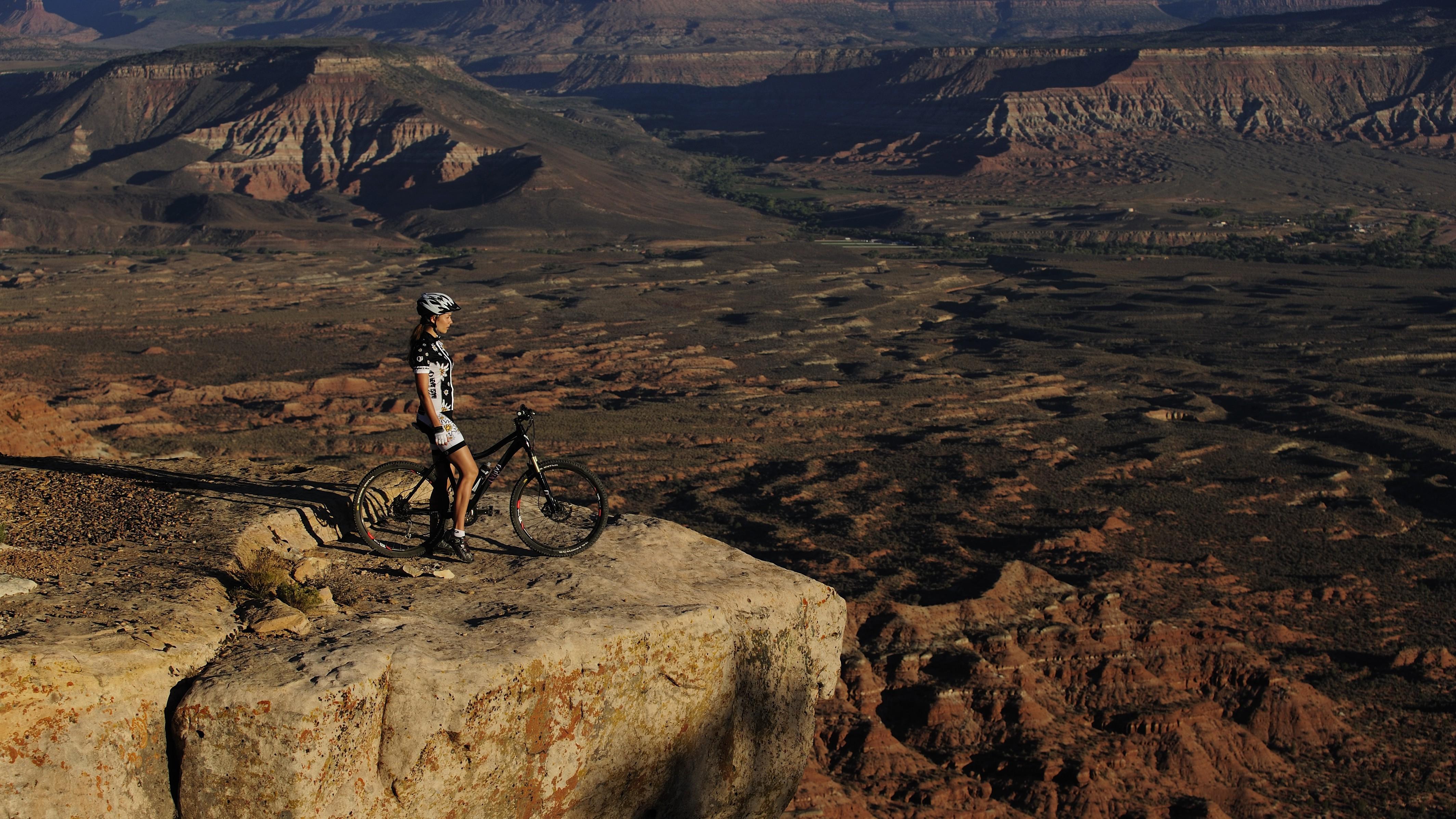 Wallpaper Landscape Mountains Women Outdoors Rock Bicycle