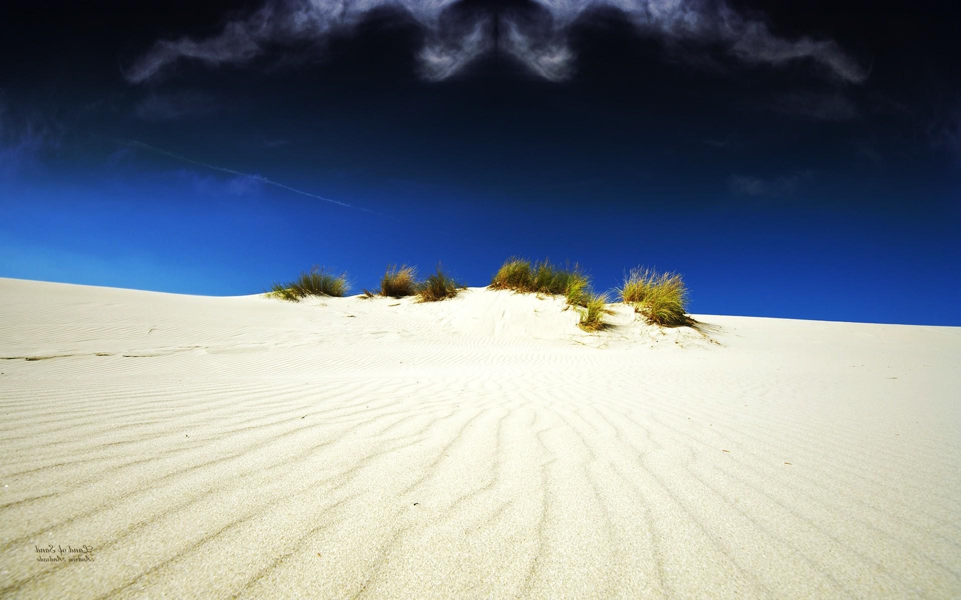 Много песка во сне — ожидайте увеличения доходов и прибыли.
