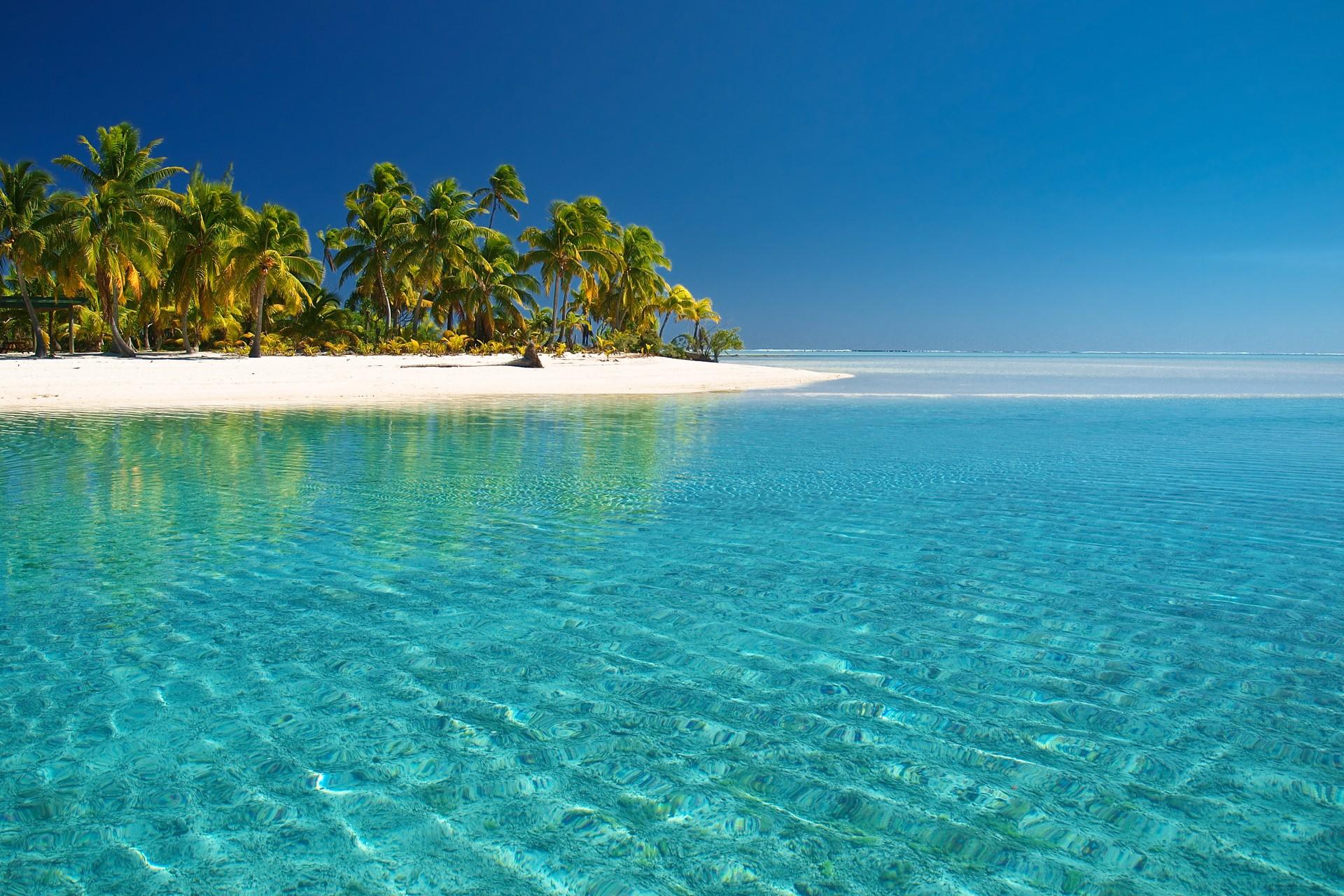 Ακρωτήριο κοραλλιογενή νερό