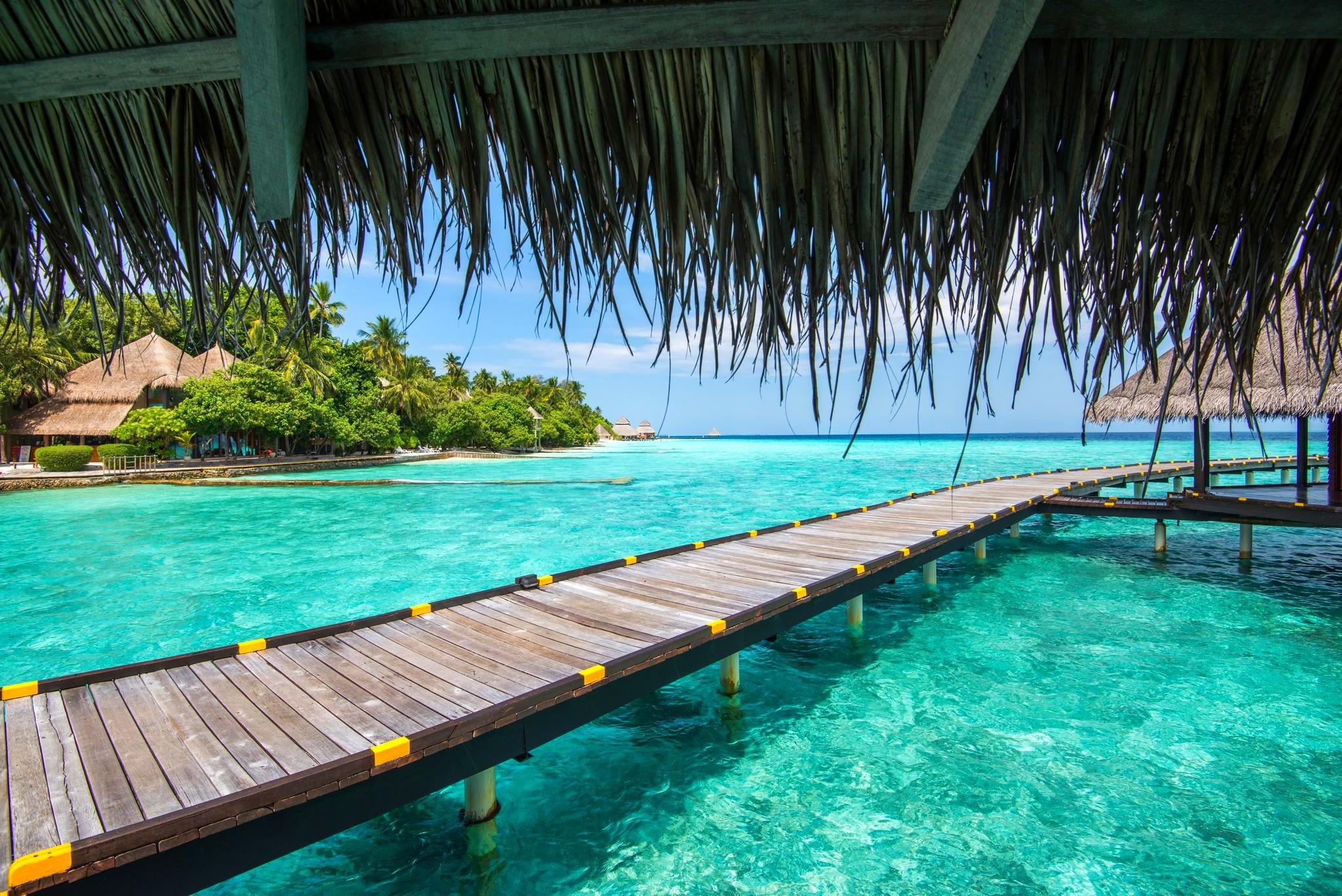 Landschaft Meer Bucht Wasser Natur Strand Palmen Pool Erholungsort Tropisch  Türkis Lagune Sommer  Gehweg Karibik