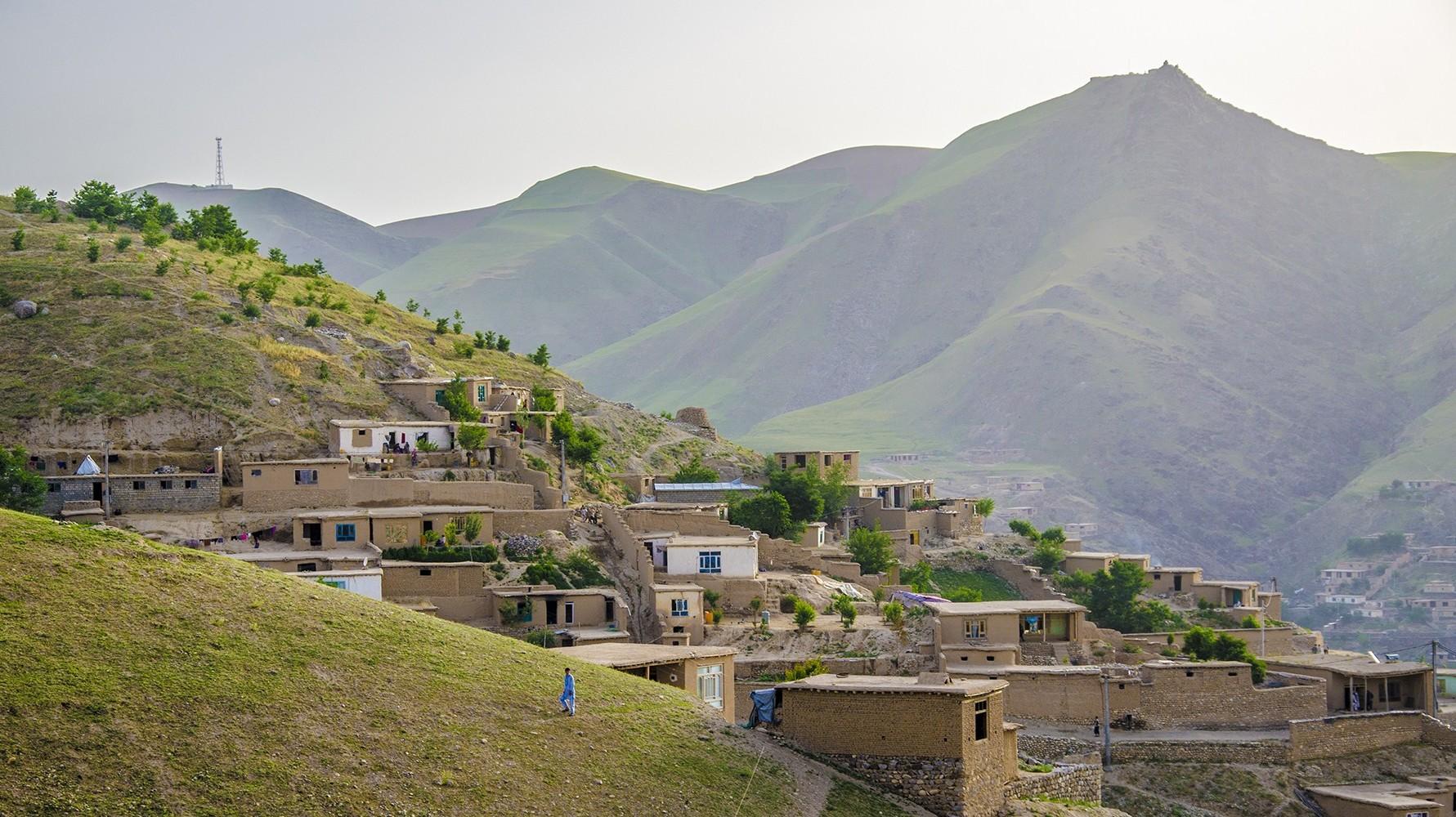 фото горные села в афганистане запрос