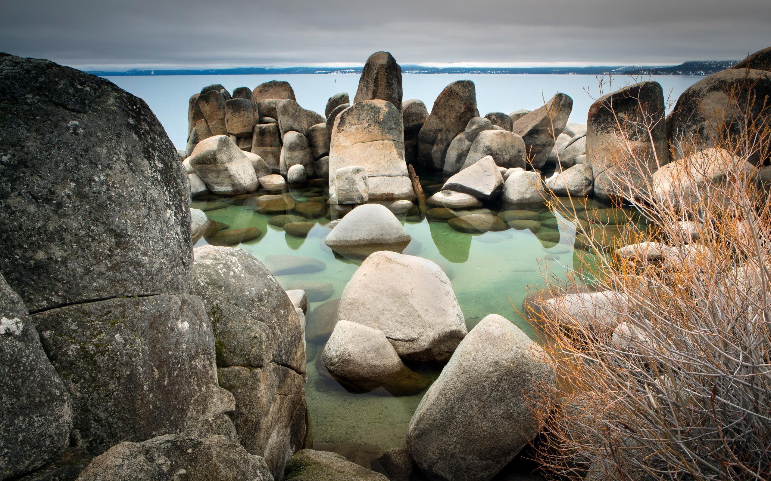 домах пейзажи на камнях фото таких
