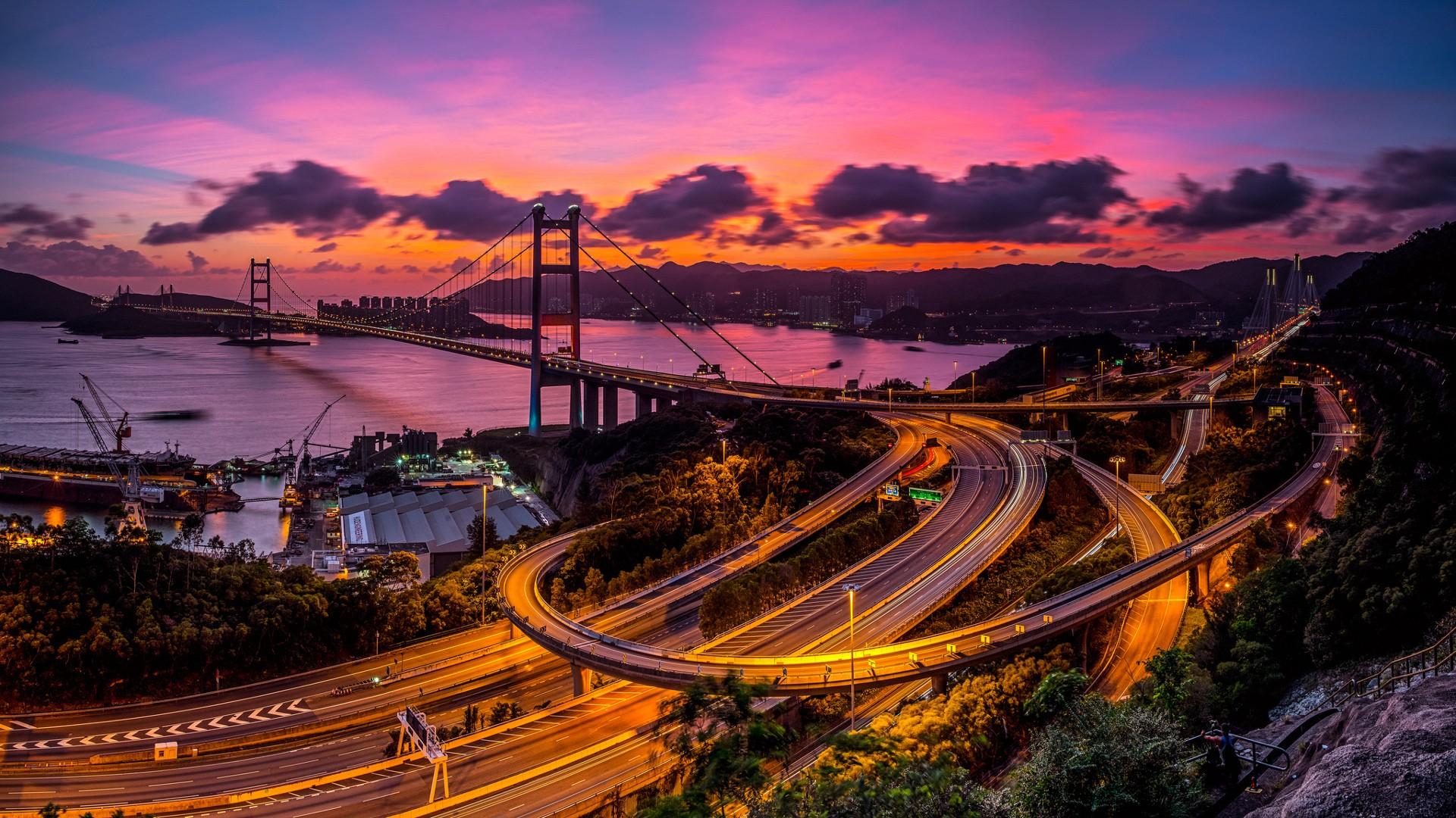картинка висячий город и дорога можно выполнять поиск