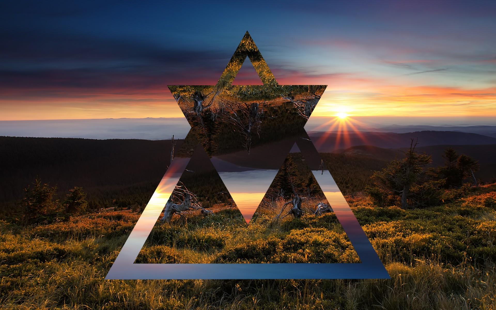 треугольник на фото объеденил стиль