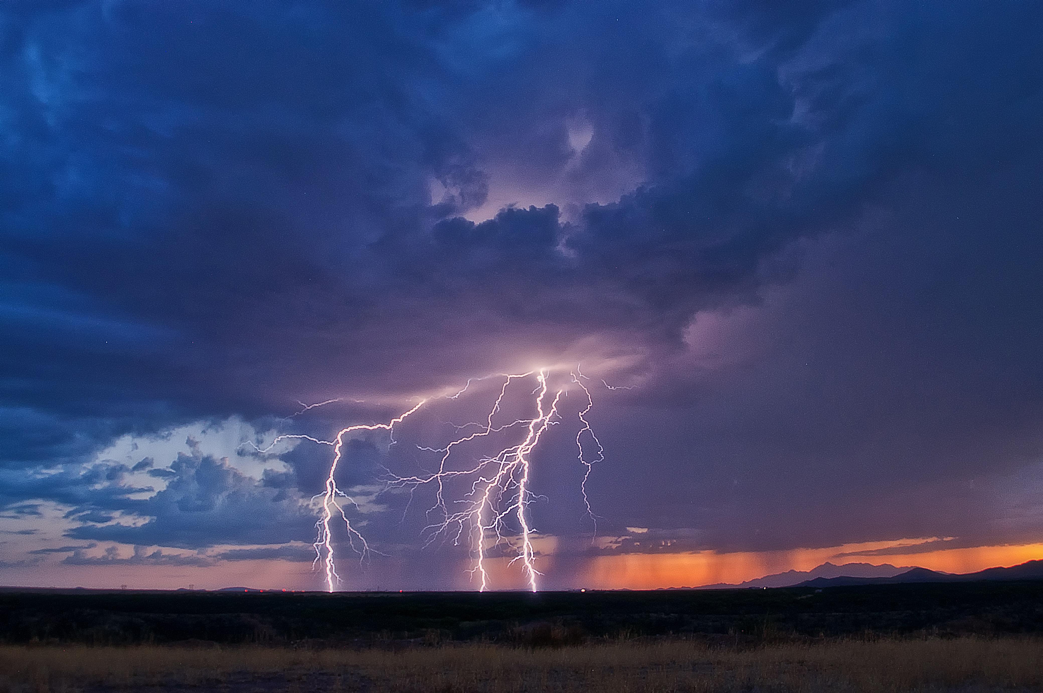 красивые картинки погодных явлений поселяются только