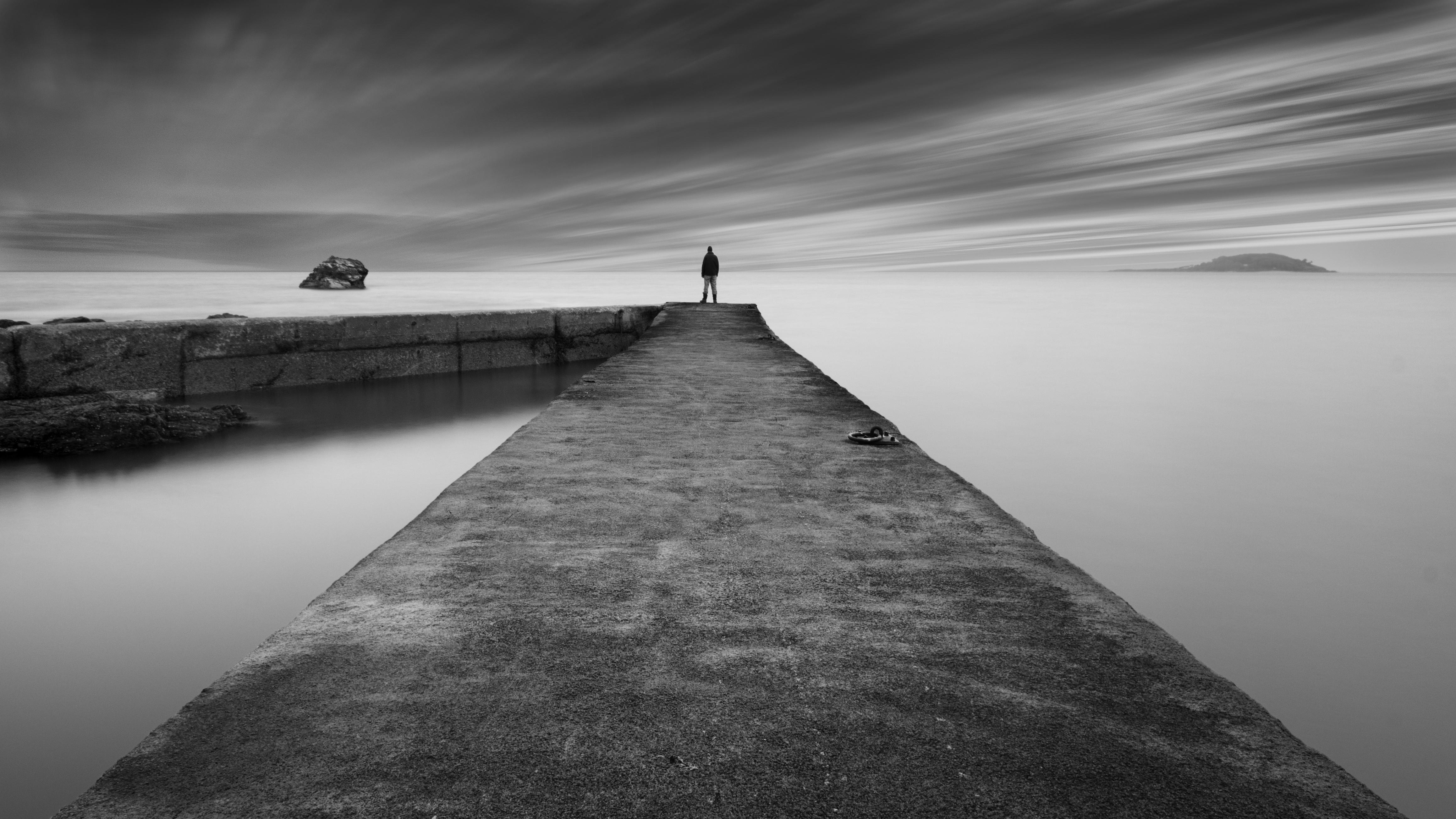6100 Koleksi gambar pemandangan tepi pantai hitam putih Gratis Terbaru