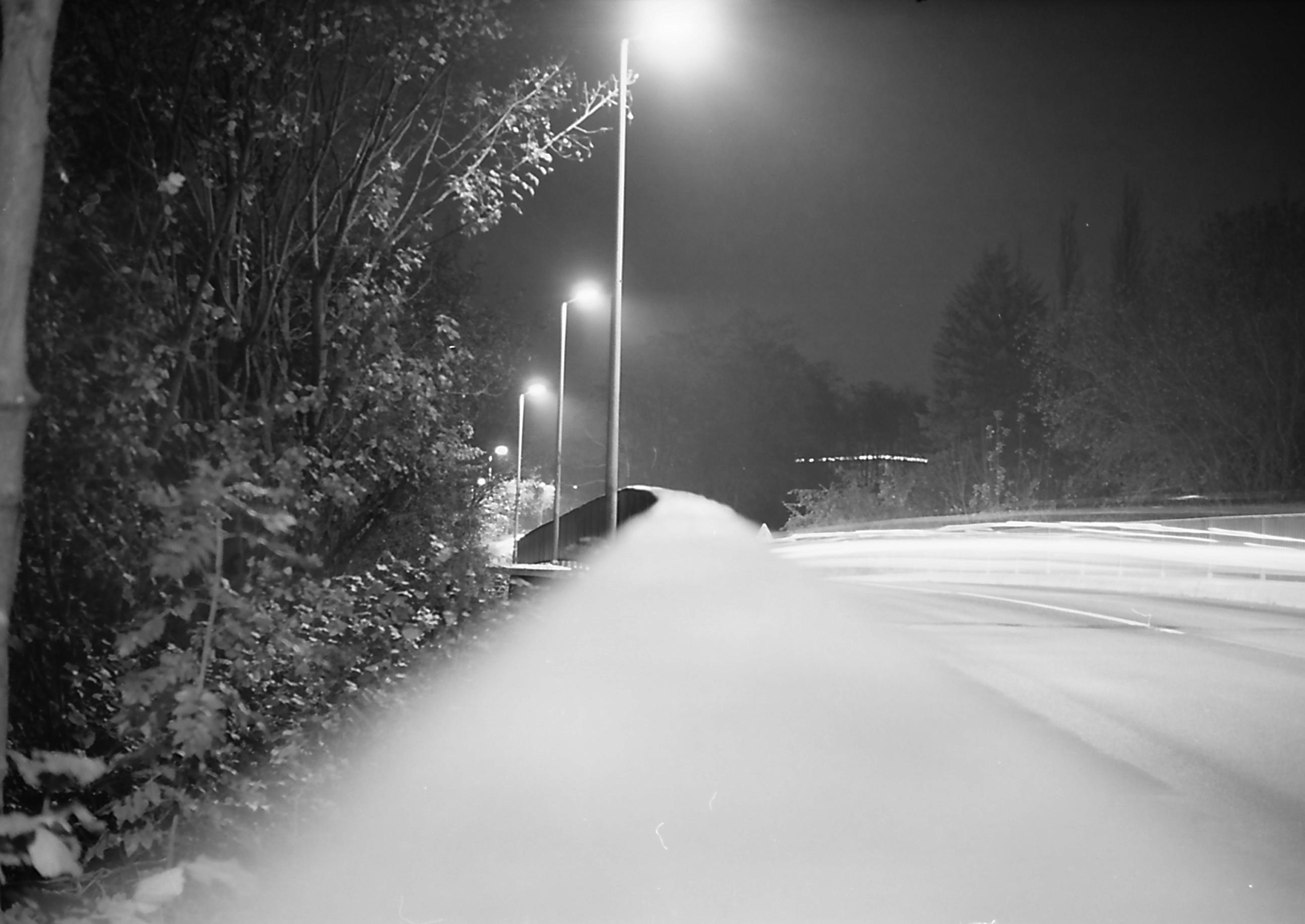 Light blackandwhite bw film night analog 35mm germany deutschland licht europa nacht kodak rangefinder nrw sw