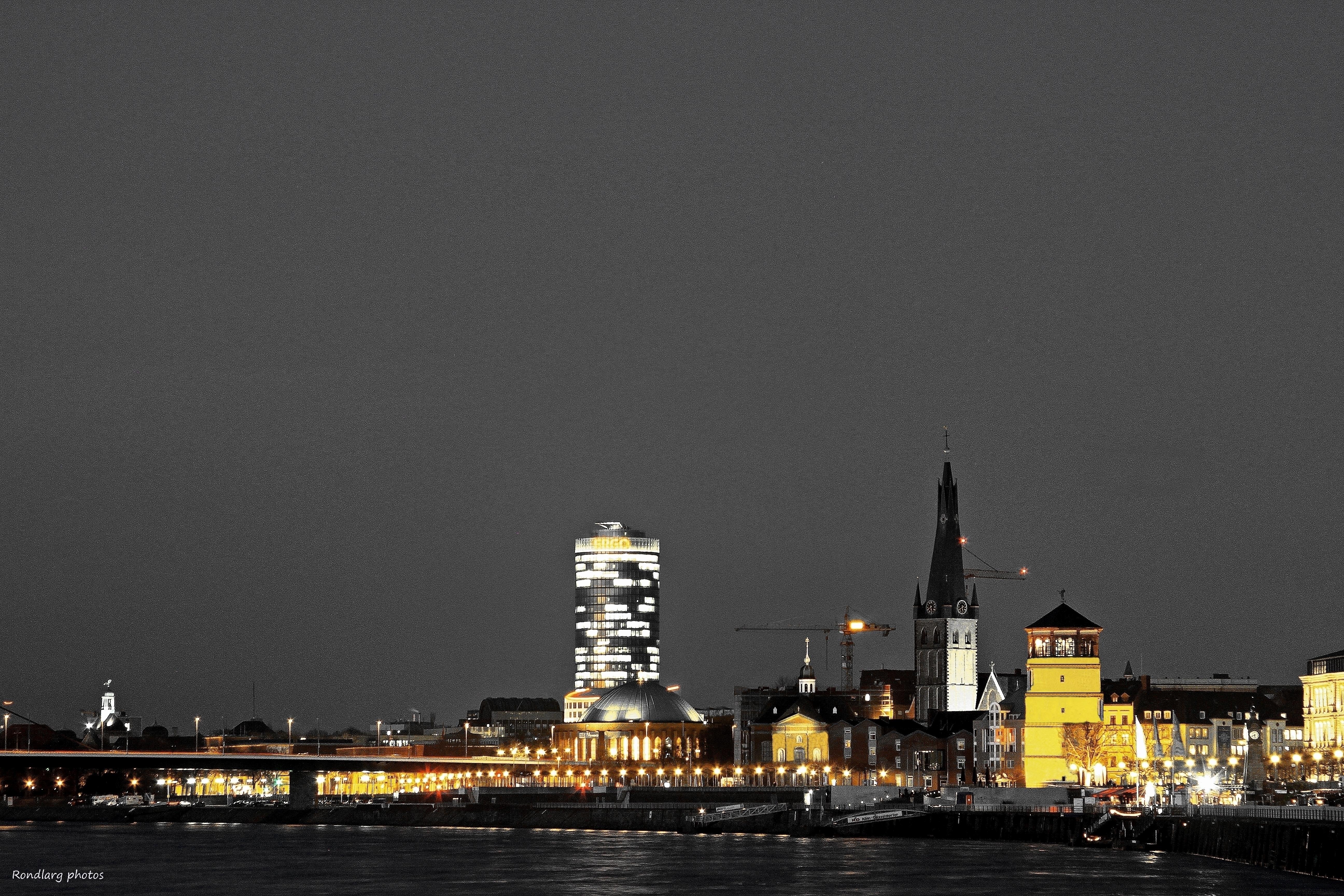 Licht Düsseldorf wallpaper light licht cityscape processing bluehour