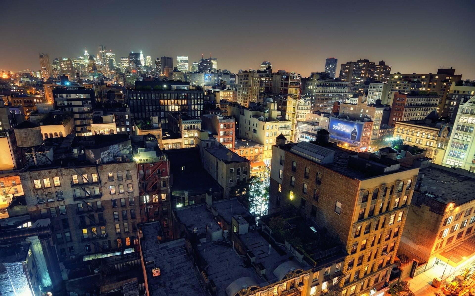 список картинки домов в городе ночью один самых простых
