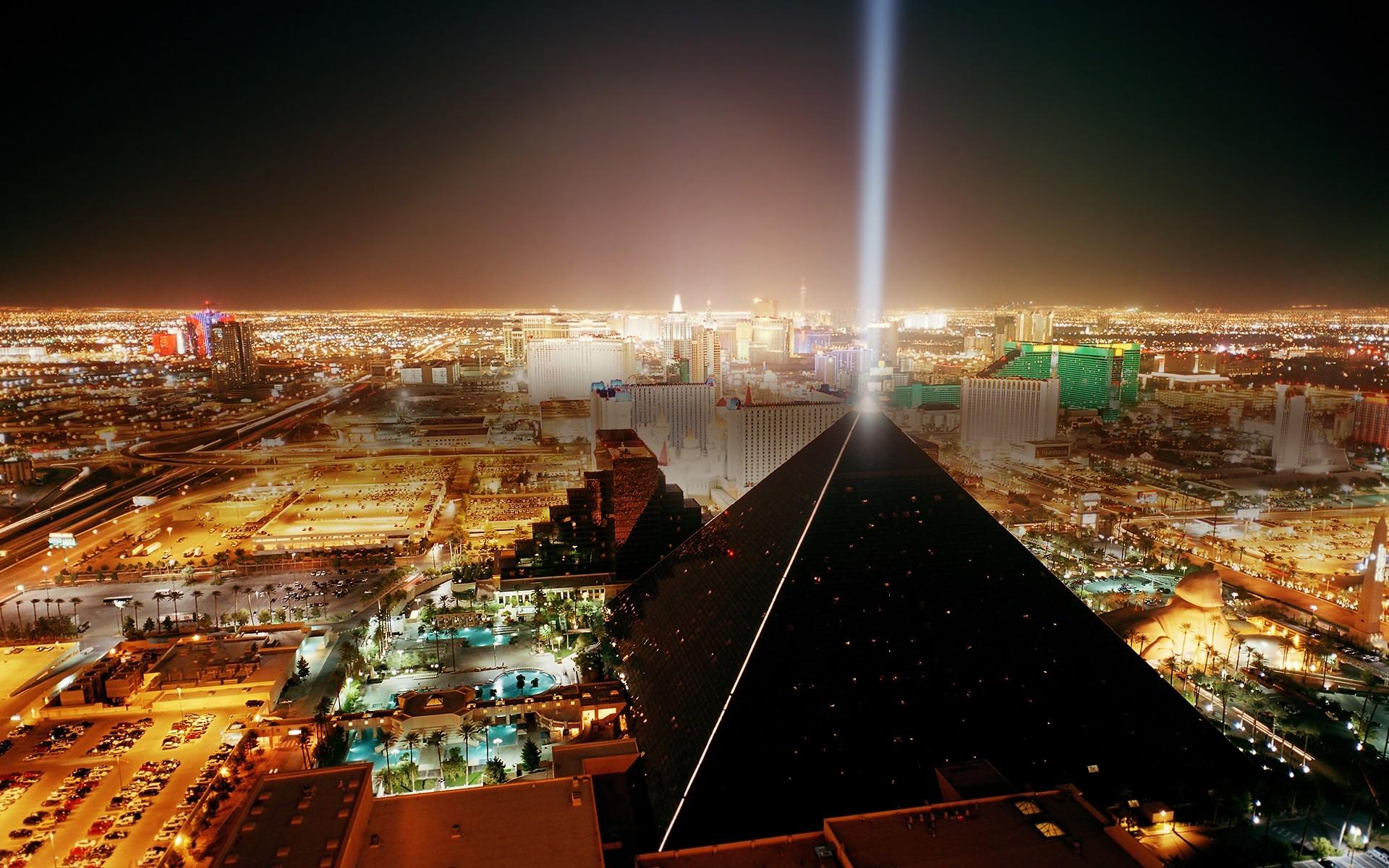 デスクトップ壁紙  シティ, 都市景観, 夜, 建物, 反射, ホテル