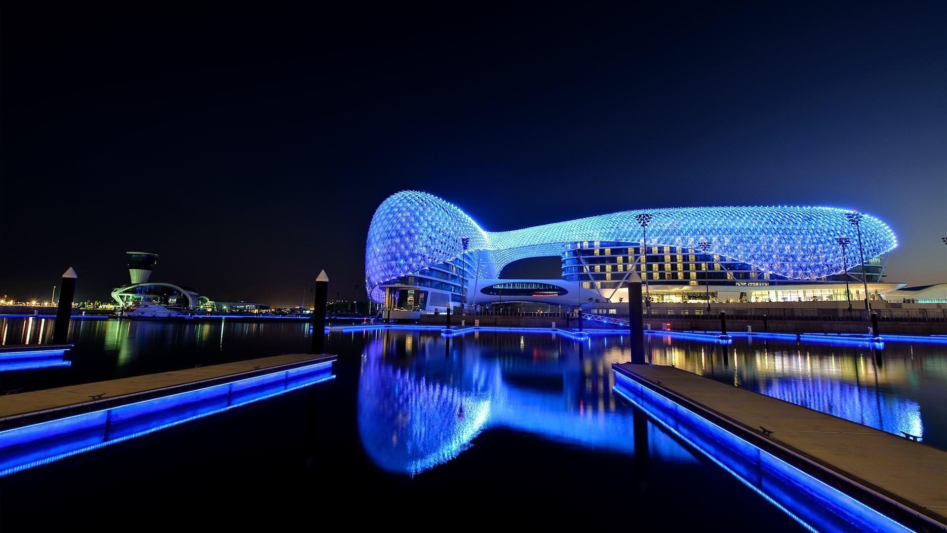 Circuito Yas Marina : Fondos de pantalla : luces paisaje urbano noche agua reflexión