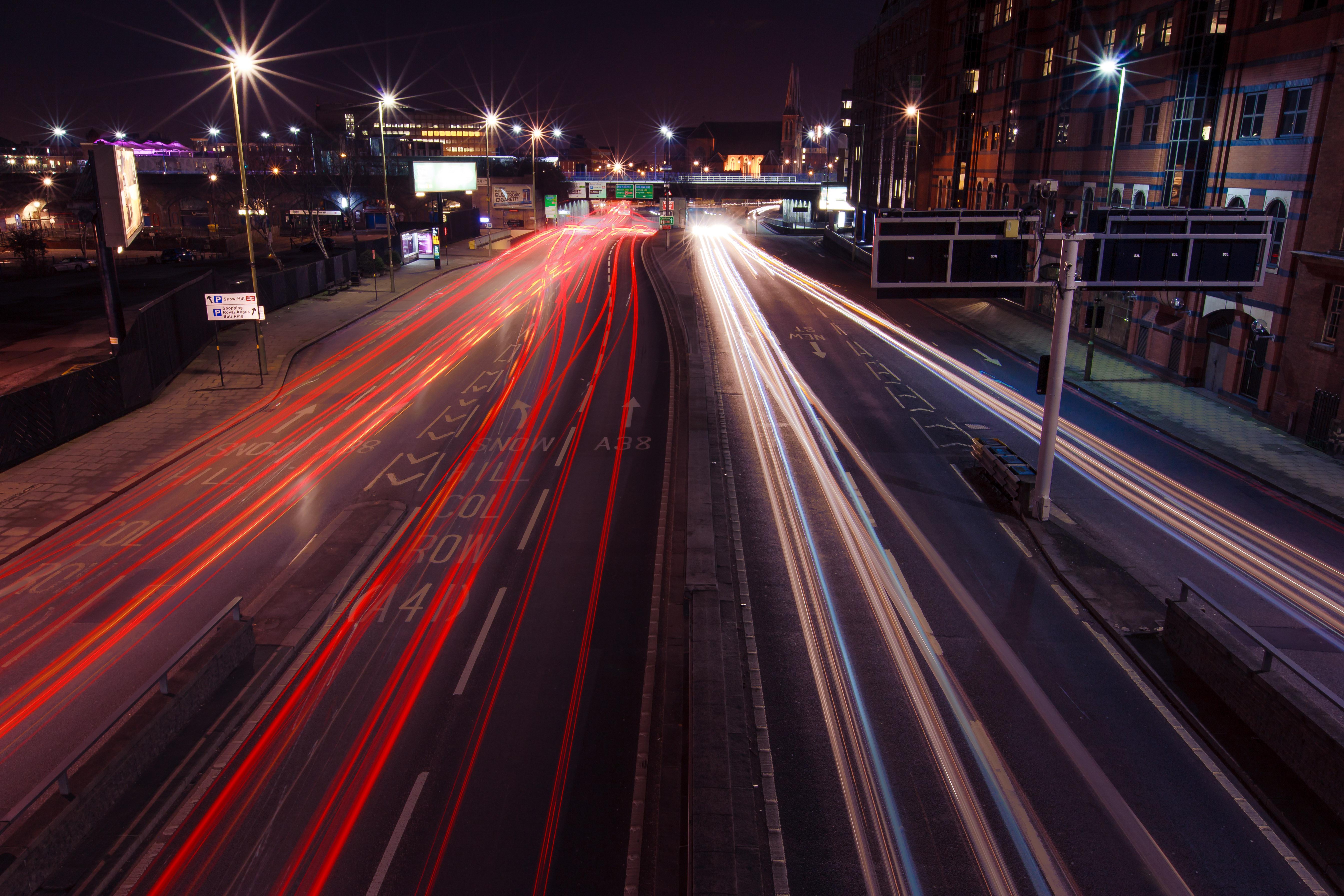 Sfondi : luci strada luce città paesaggio urbano notte auto