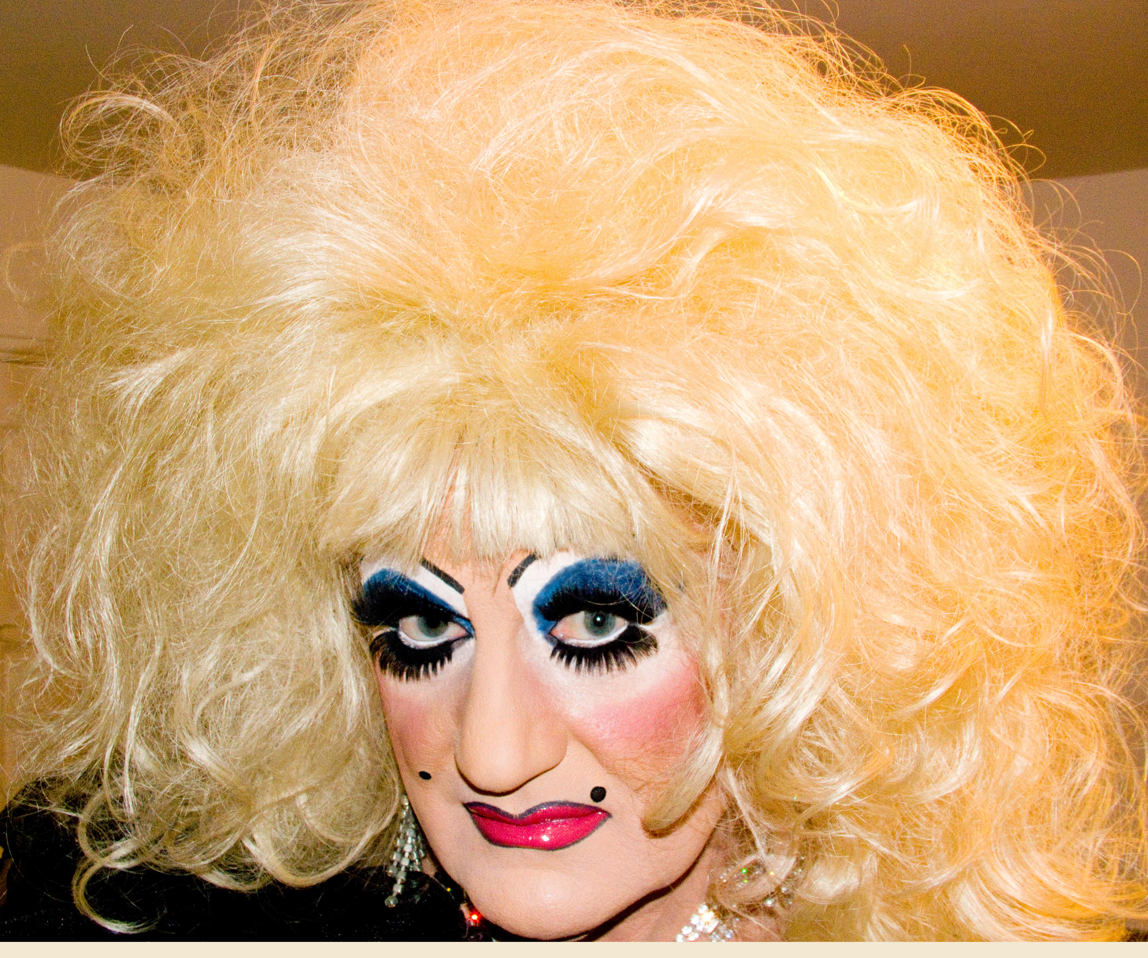 Wallpaper Long Hair Nose Tv Queen Crossdressing