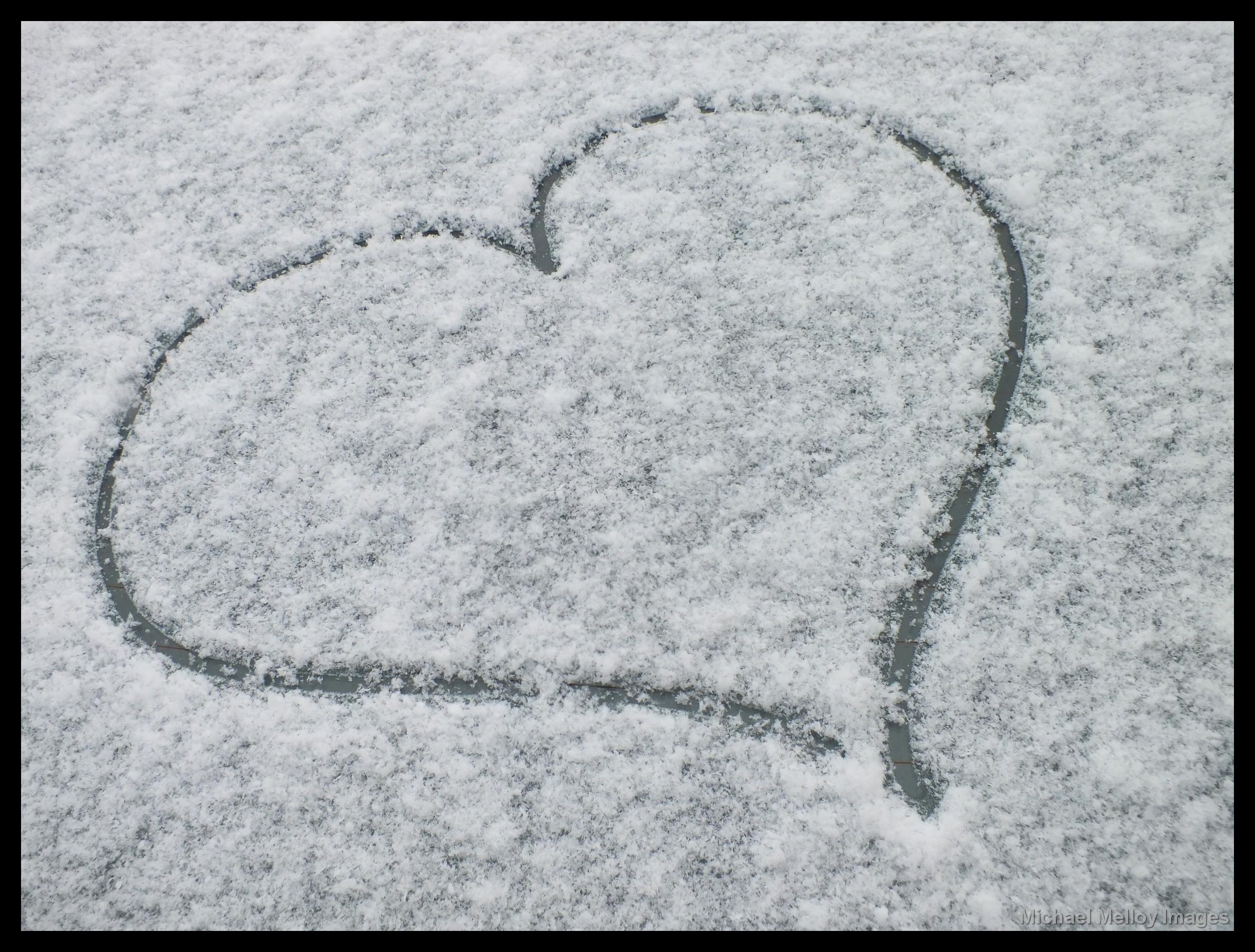 Fond Décran Amour Cœur Neige Hiver La Glace Gel