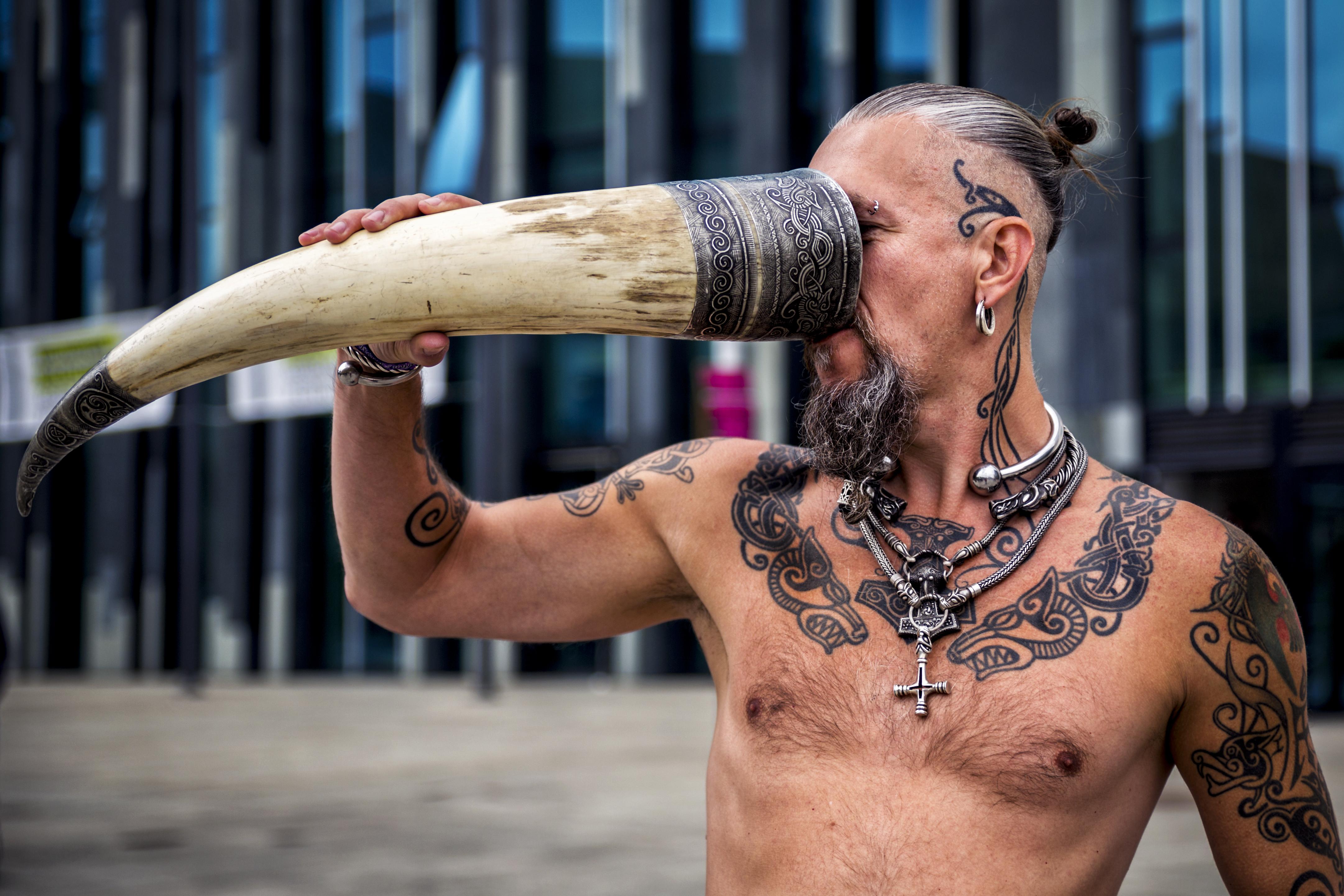 Hintergrundbilder : Mann, Tätowierung, Arm, menschlicher Körper ...