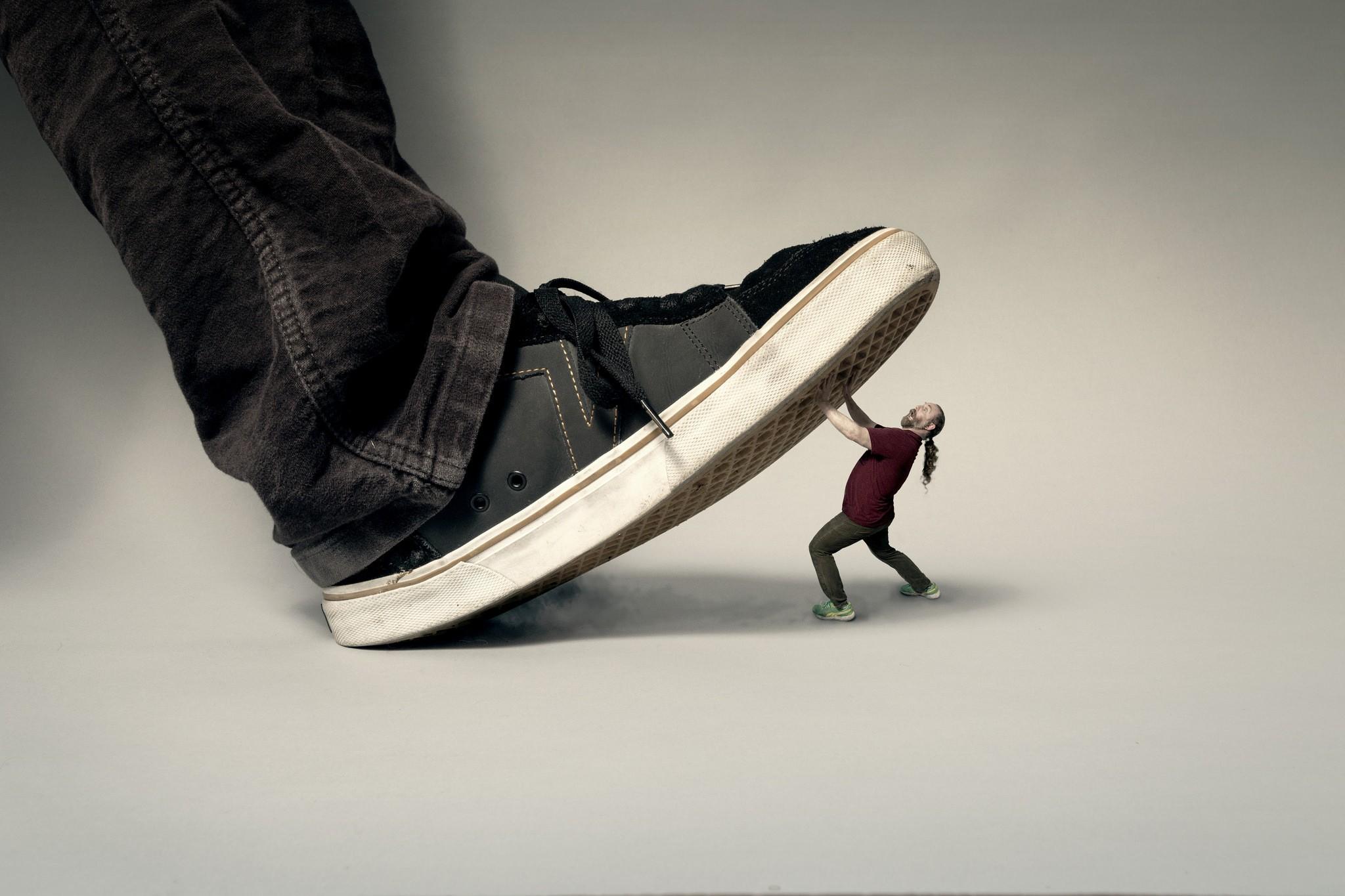 с наступающим картинки ботинок можно ваши фото