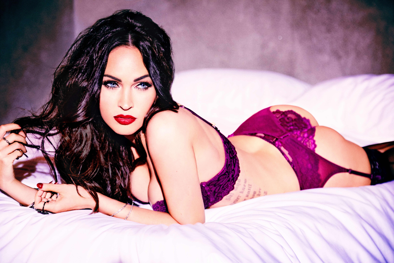 Latina striptease dancer Ice La Fox slipping off her sexy lingerie № 323217 бесплатно