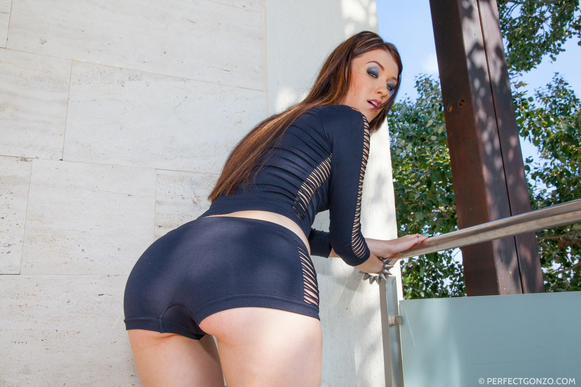 Modelo Culo Azul Cabello Negro Moda Ropa Misha Cross Nina Belleza Dama Pierna Musculo Sesion De