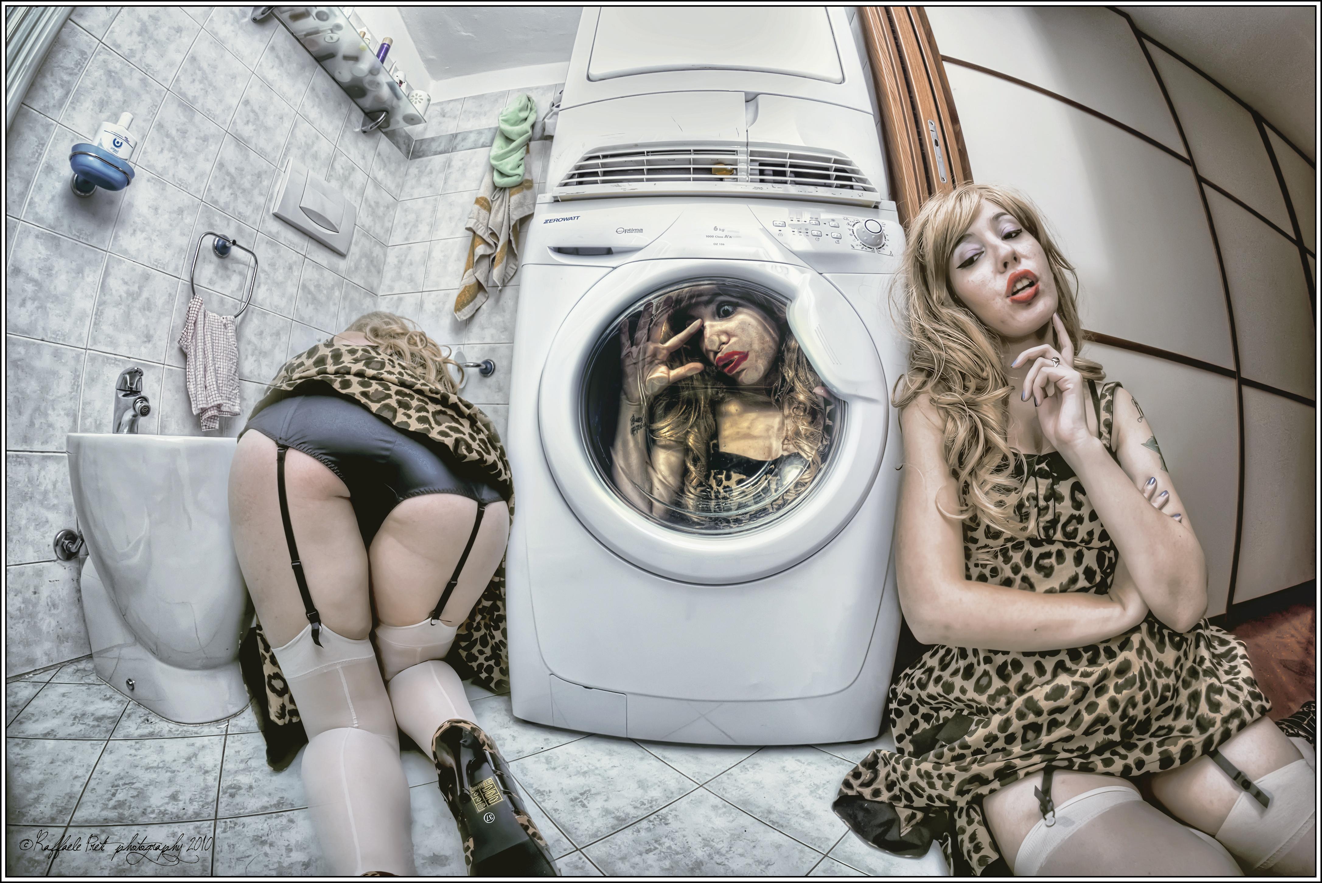 model ass photography surreal HDR fashion girl girls photograph crazy image snapshot mad photo shoot human
