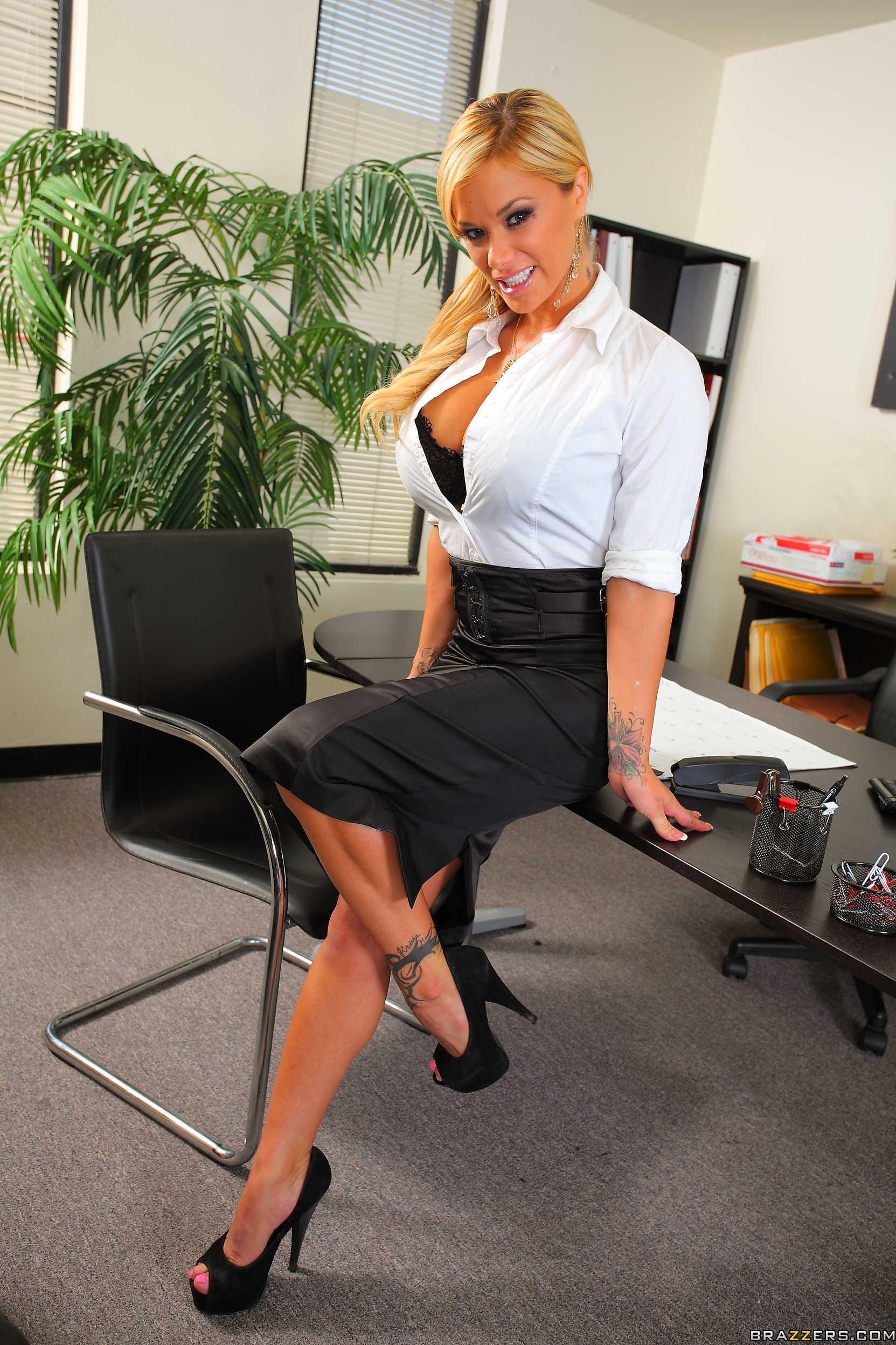 Shyla stylez office sex