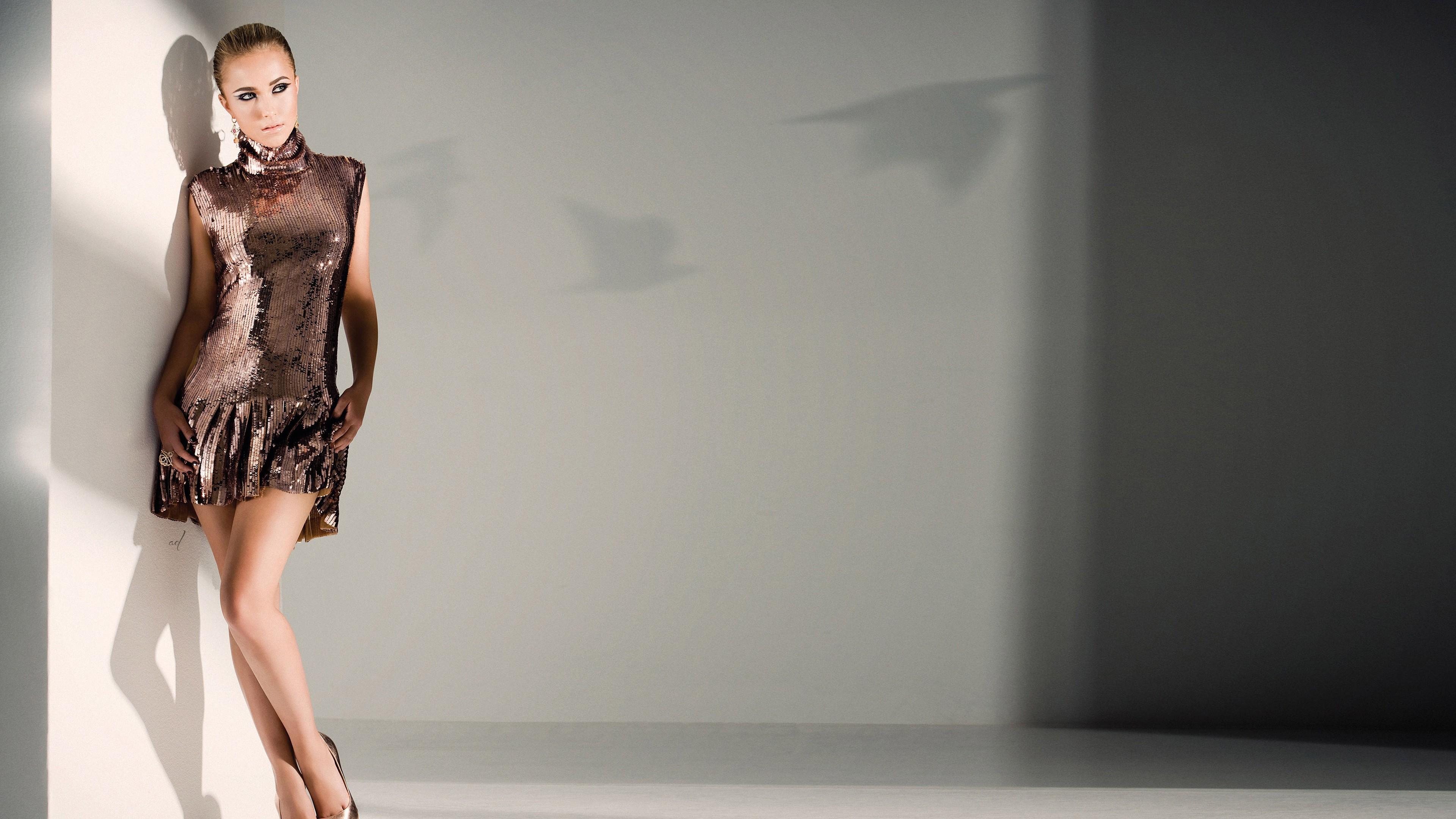 Hintergrundbilder : Modell-, blond, High Heels, Darstellerin, Kleid ...