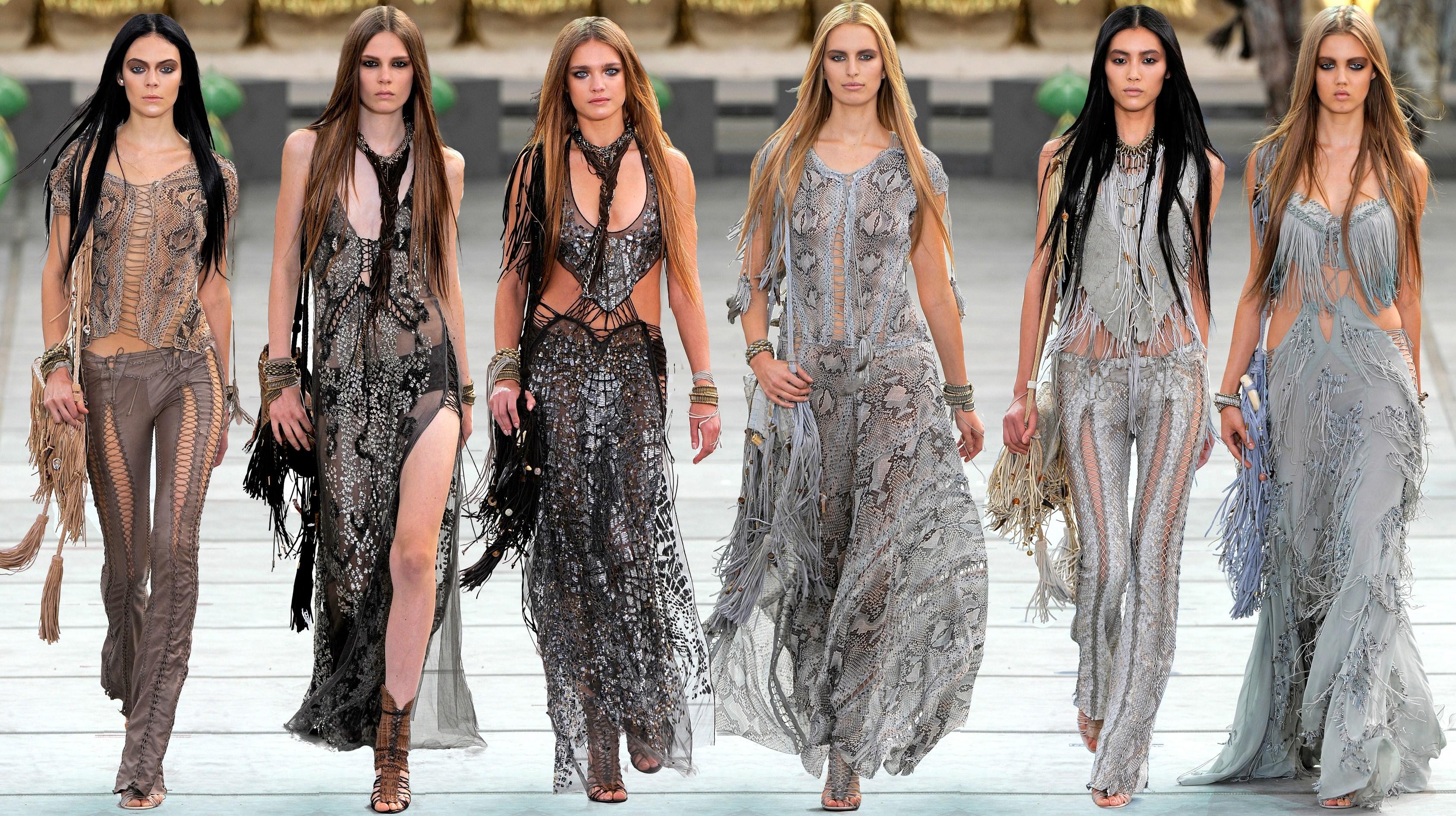 Best ladies fashion online 50