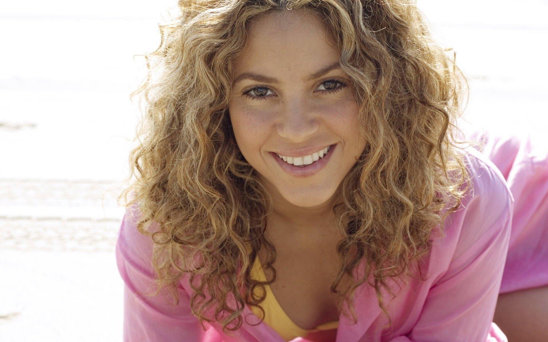 Wallpaper Model Long Hair Sun Shakira Happiness Supermodel