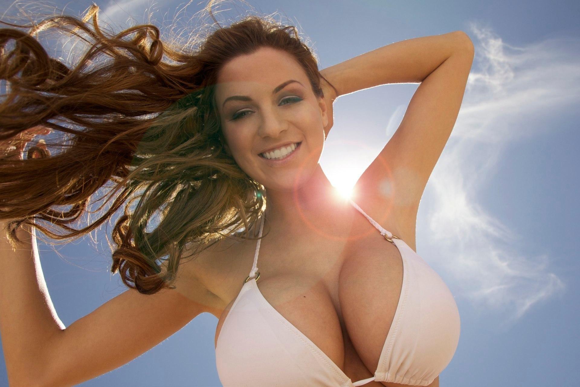 Huge Tits Model Jordan Carver