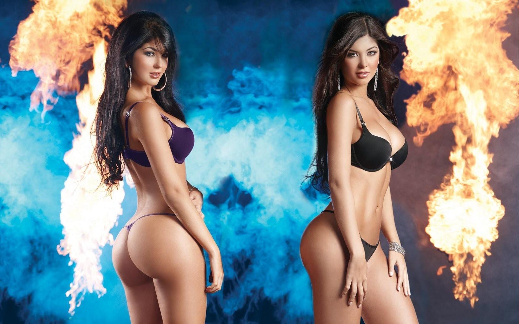 Davalos Twins, Photo Album By Ahzan