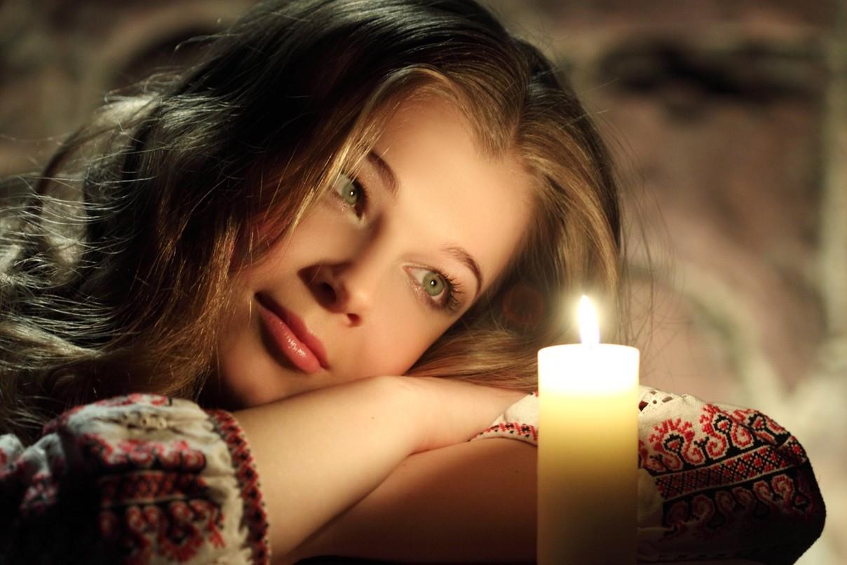 Картинки женщины романтические