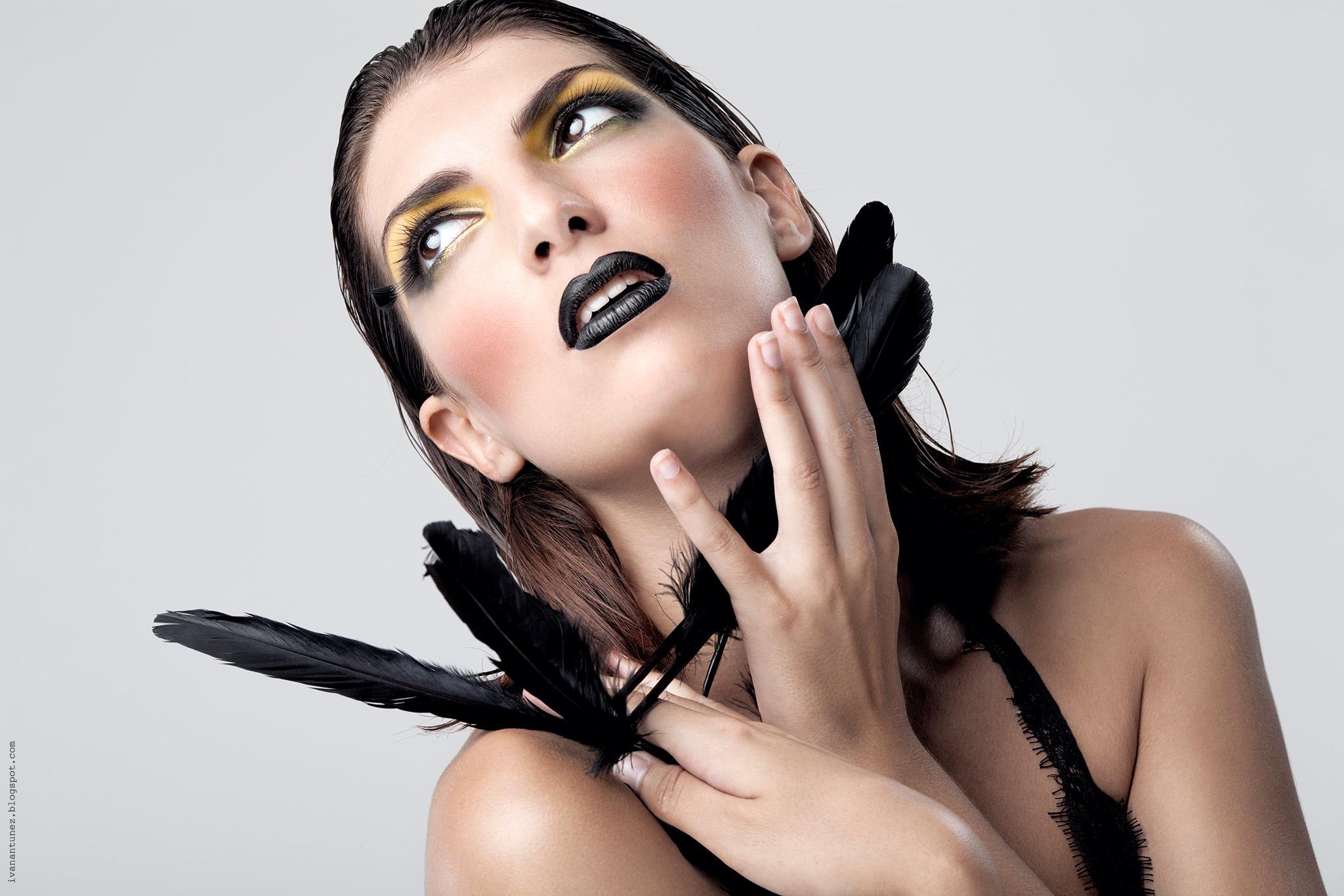 Wallpaper Portrait Black Hair Microphone Canon Lips