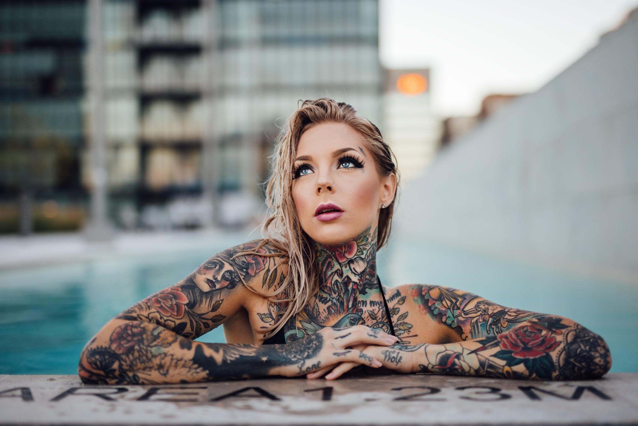 Tattoo Bikini: Wallpaper : Nose Rings, Sitting, Tattoo, Swimming Pool