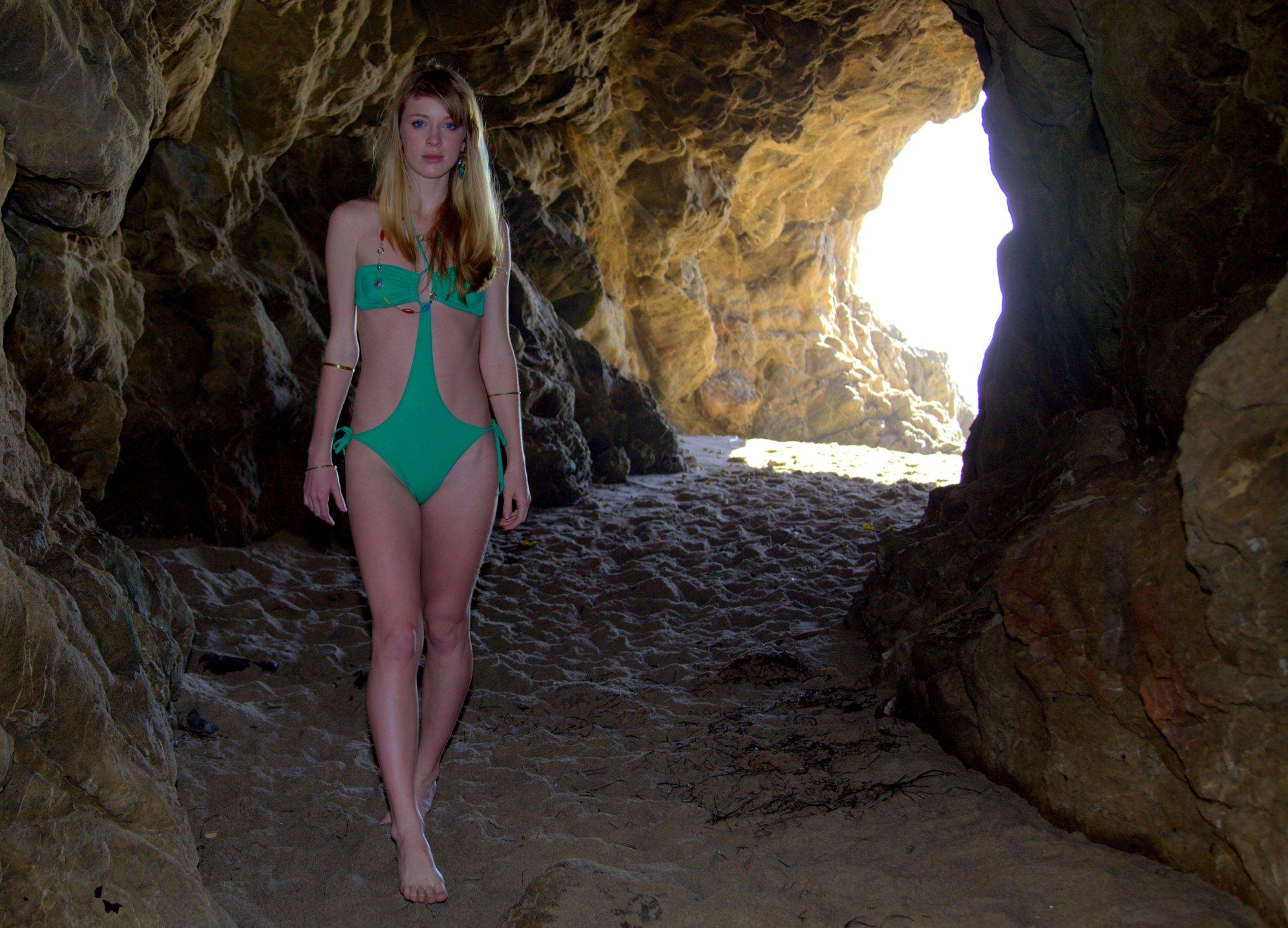 Bikini freediving underwater caves chassahowitzka river
