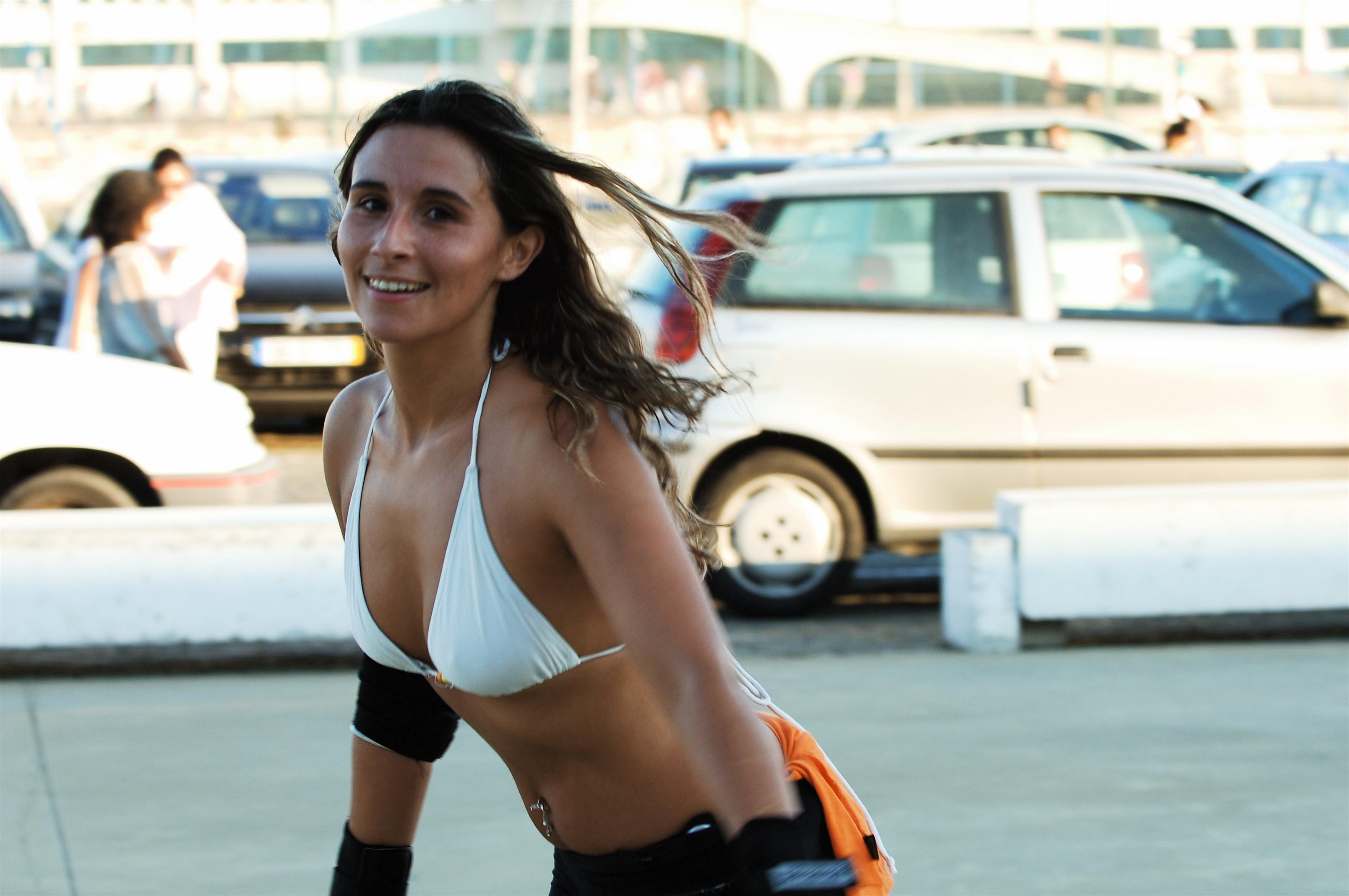 model vehicle bra bikini Lisbon clothing Portugal skate girl beauty woman photo shoot caisdoespanhol
