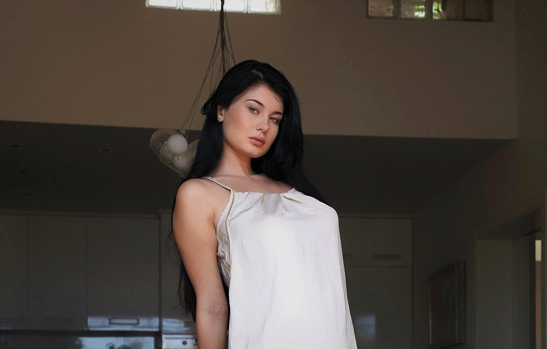 Model Women Looking At Viewer Black Hair Face Lucy Li
