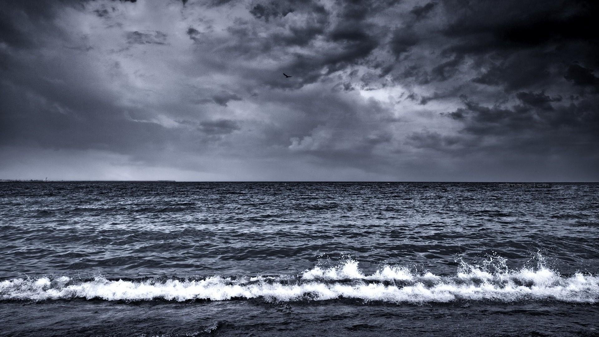 Картинки грустные с океаном