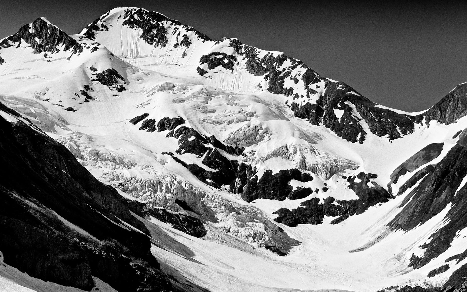 Wallpaper Mountain Peaks Snow Black And White 1920x1200
