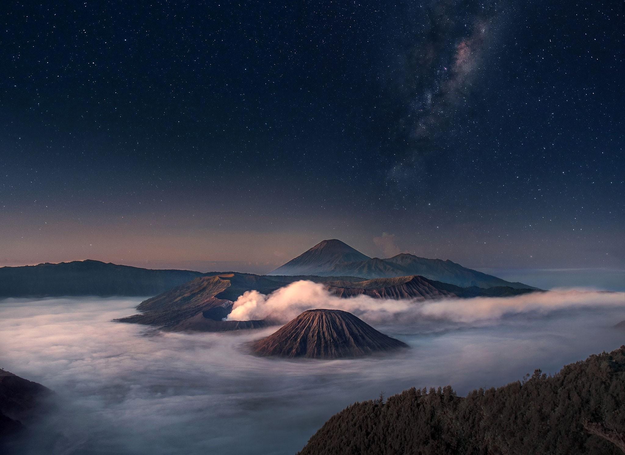 Wonderful Wallpaper Mountain Horizon - mountains-night-nature-sky-sunrise-moonlight-horizon-atmosphere-dusk-Indonesia-mountain-dawn-star-atmospheric-phenomenon-outer-space-astronomical-object-geological-phenomenon-143930  Best Photo Reference_93861.jpg