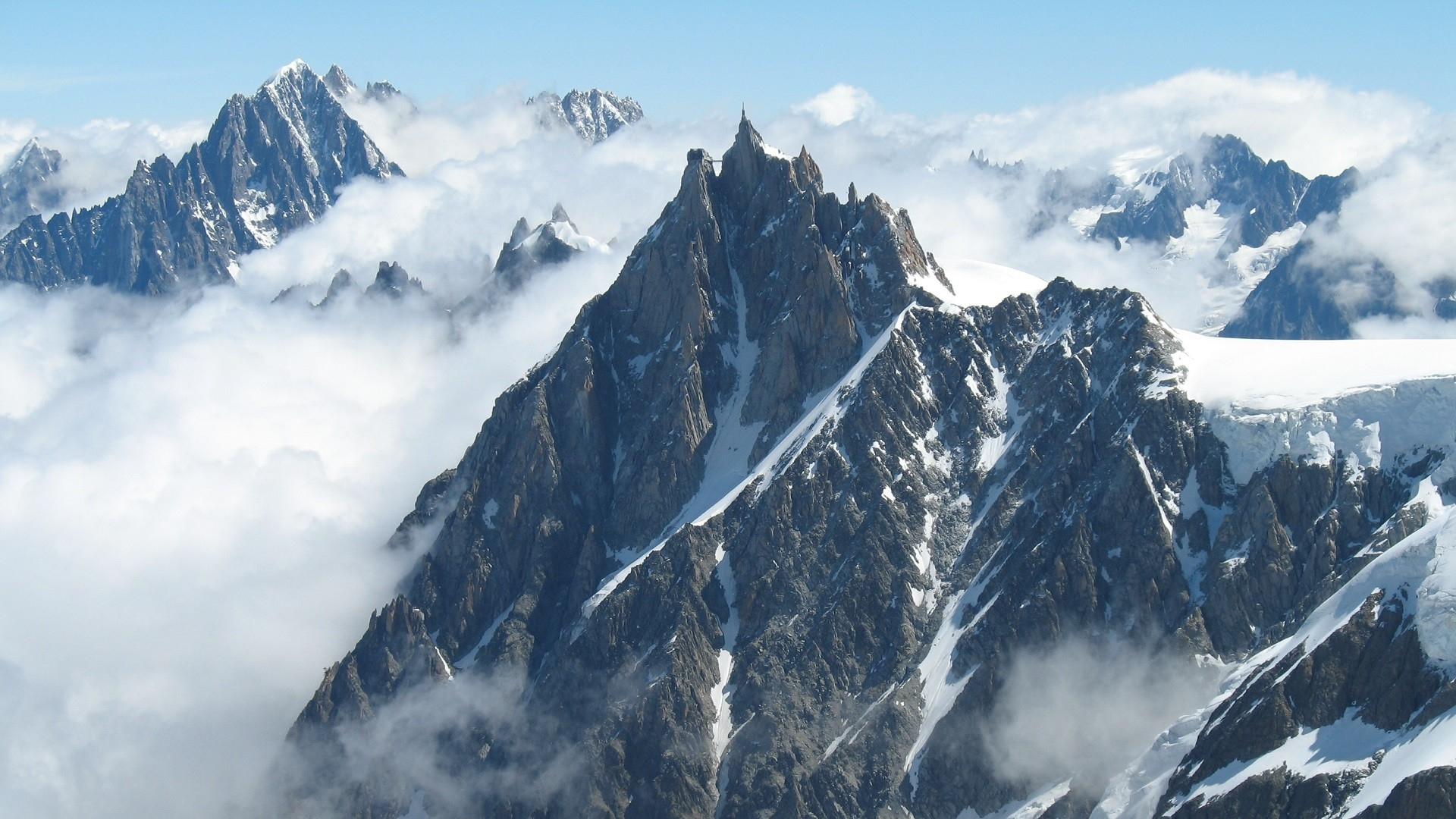 Popular Wallpaper Mountain Fog - mountains-sky-snow-winter-mountain-pass-Alps-summit-ridge-fog-peaks-mountain-weather-Massif-adventure-mountainous-landforms-landform-geographical-feature-geological-phenomenon-mountain-range-mountaineering-cirque-607505  2018_45895.jpg