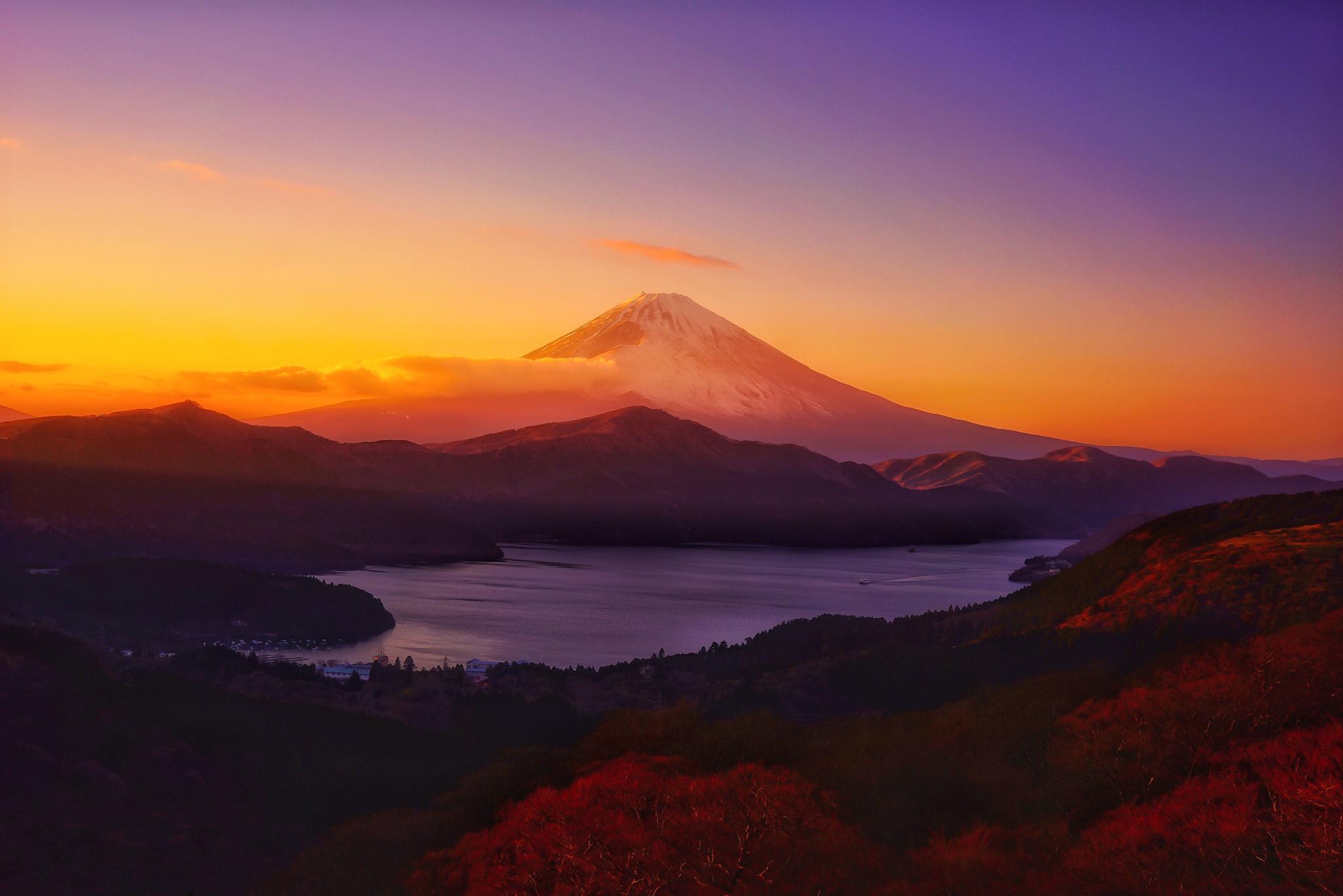 Popular Wallpaper Mountain Horizon - mountains-sunset-hill-sky-sunrise-evening-morning-horizon-dusk-plateau-mountain-dawn-distance-loch-afterglow-mountainous-landforms-landform-red-sky-at-morning-561424  Snapshot_30685.jpg