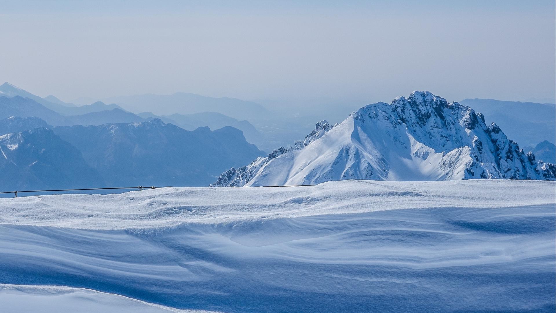 Sfondi Montagne Inverno La Neve Blu Montagna Innevata