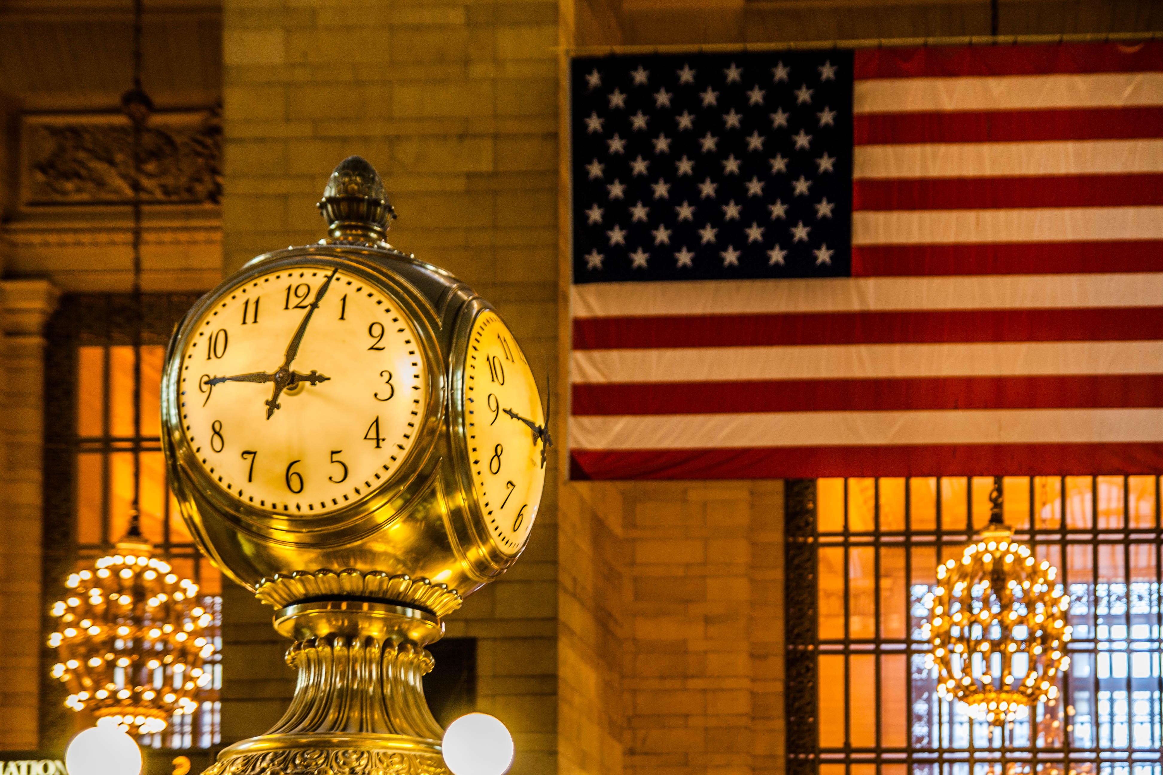 сколько время в америке крайней мере