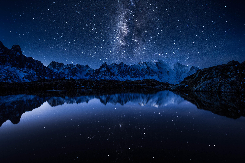 Wallpaper Malam Galaksi Refleksi Langit Bima Sakti Sinar