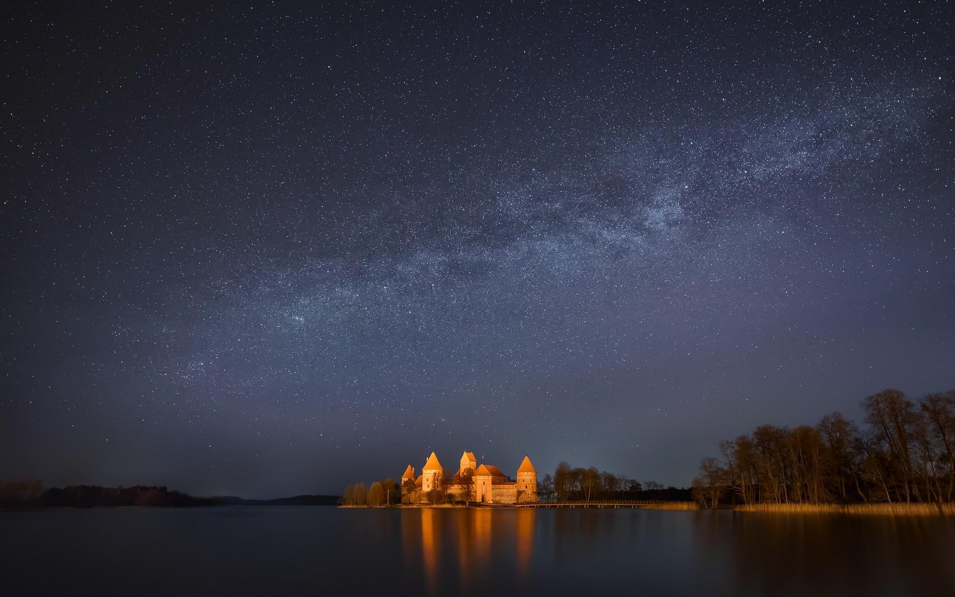 вторую, если ночное небо реальное фото земля