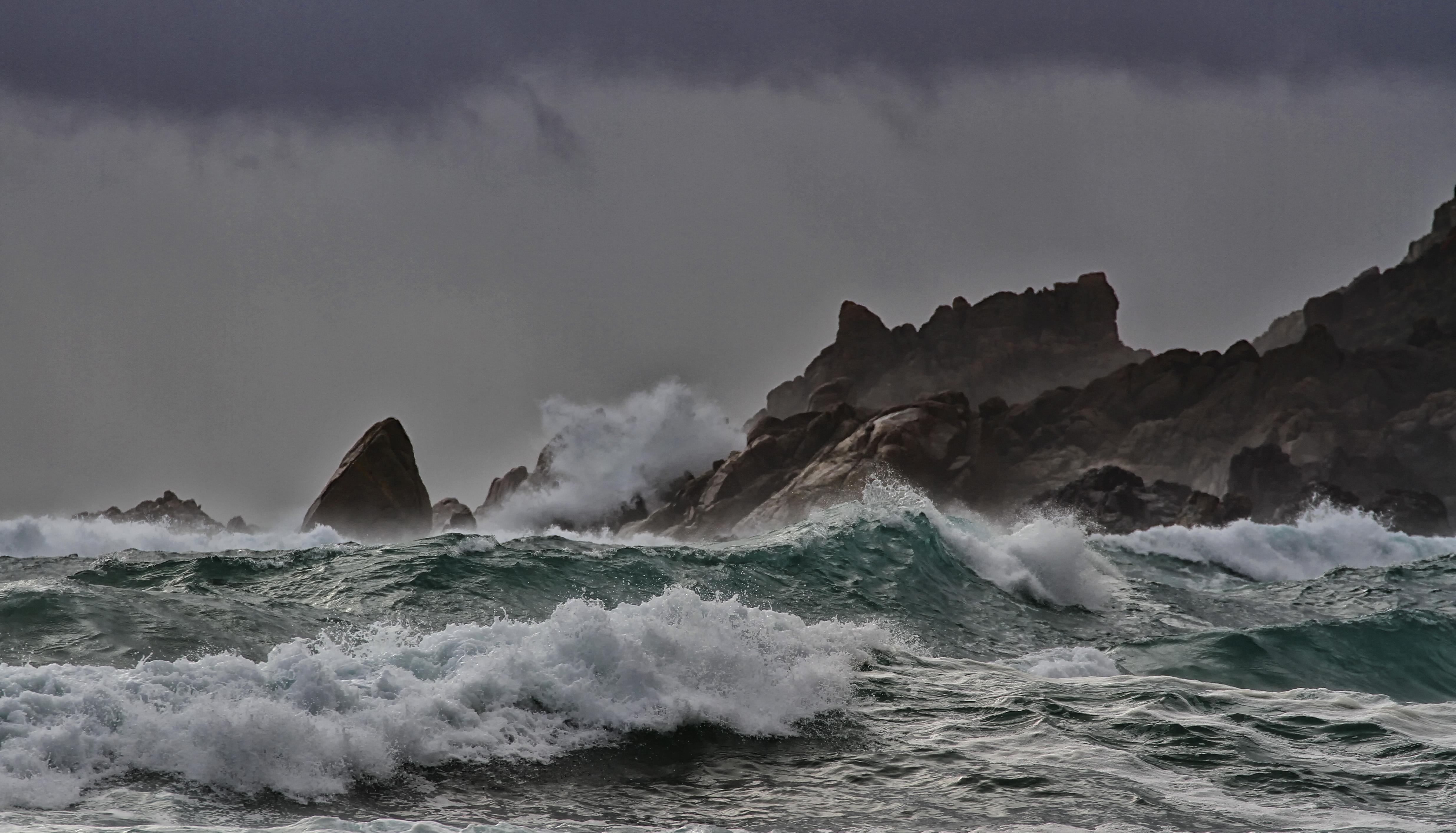 вчера океан в шторм фото сделать