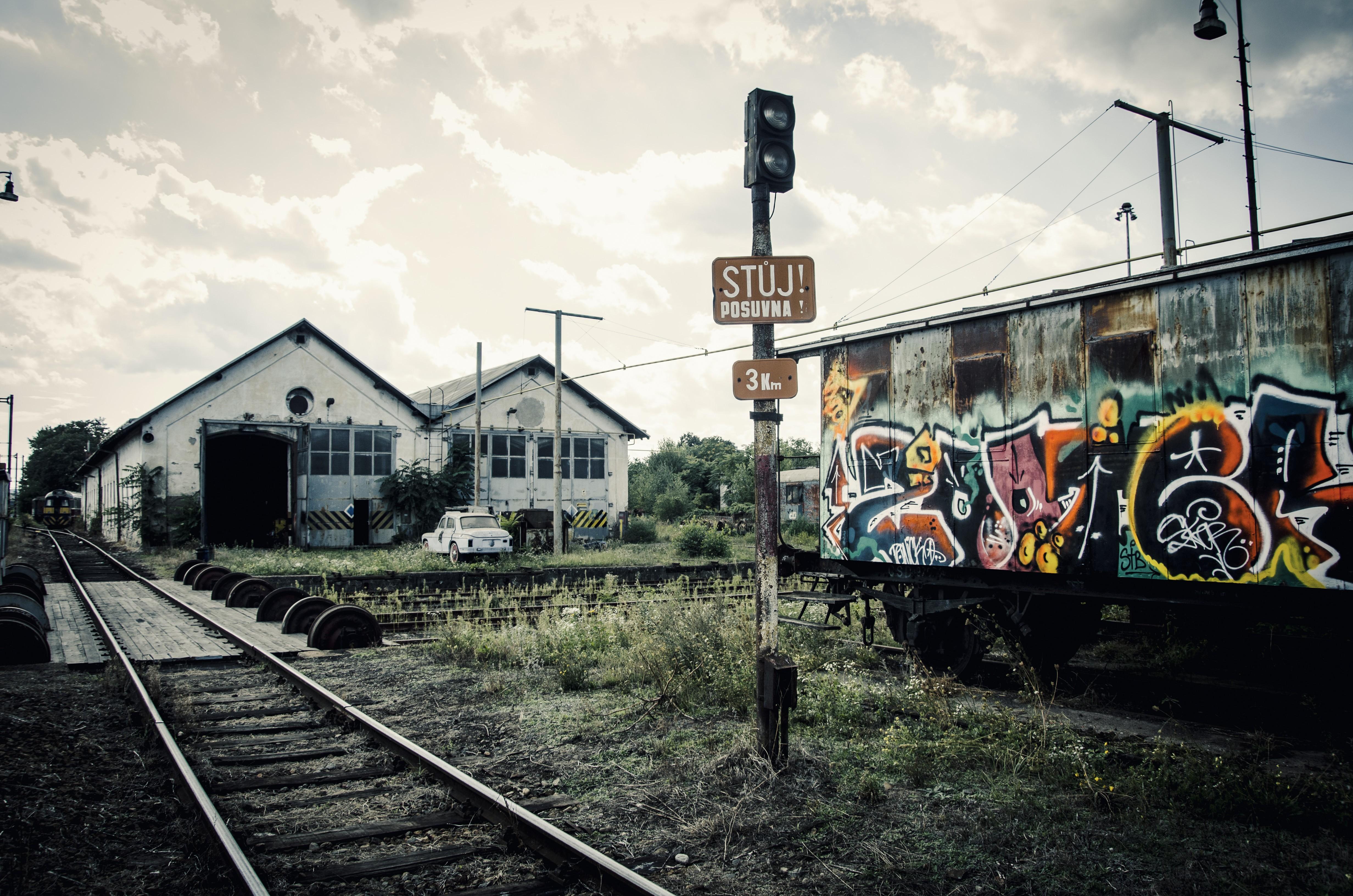 Wallpaper : nature, abandoned, sky, vehicle, clouds, train, railway, rust, old car, graffiti, rail yard, locomotive, ground, Czech Republic, muted, ART, ...