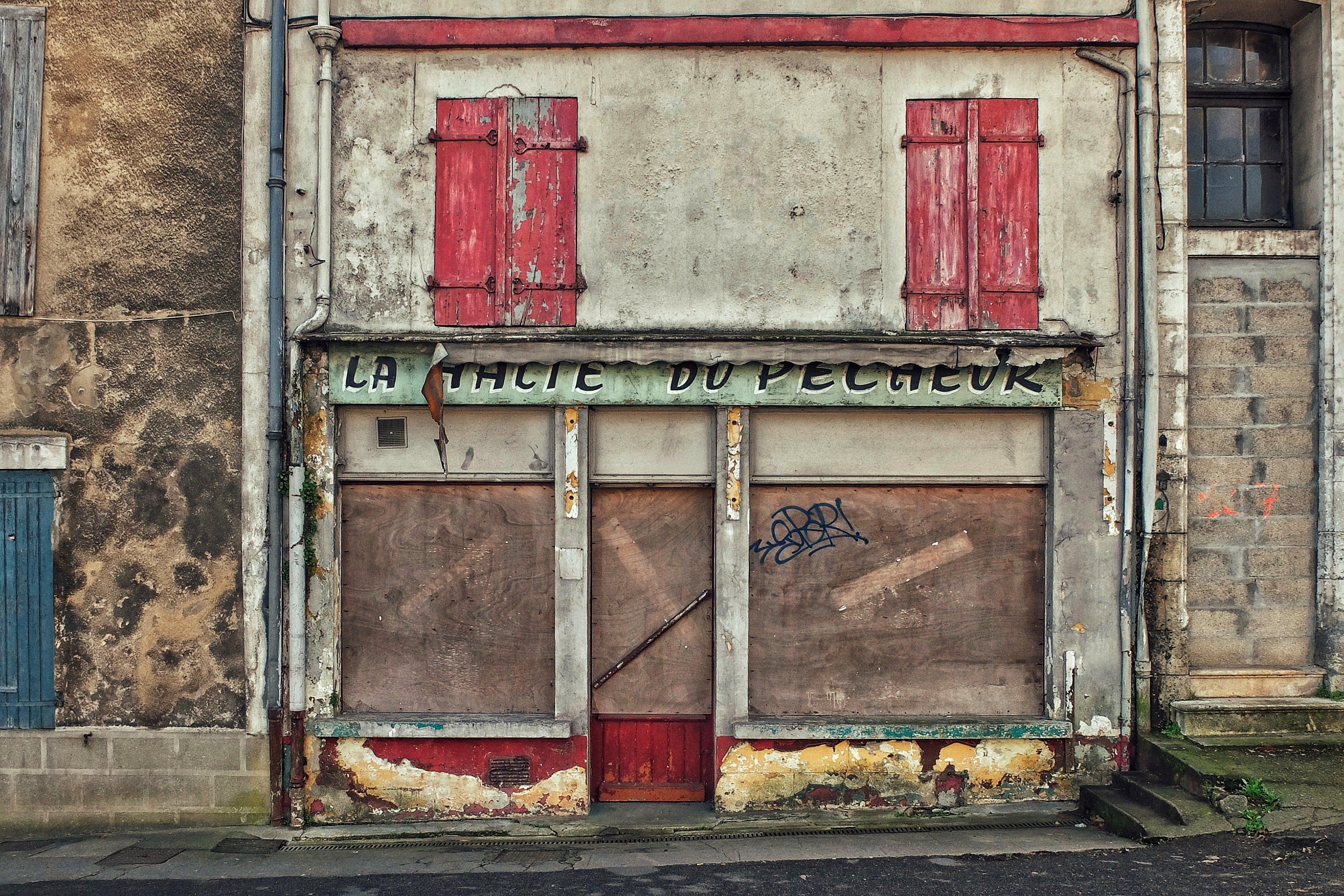 Couleur Façade Maison Ancienne fond d'écran : la peinture, vieux, fenêtre, rue, rouge