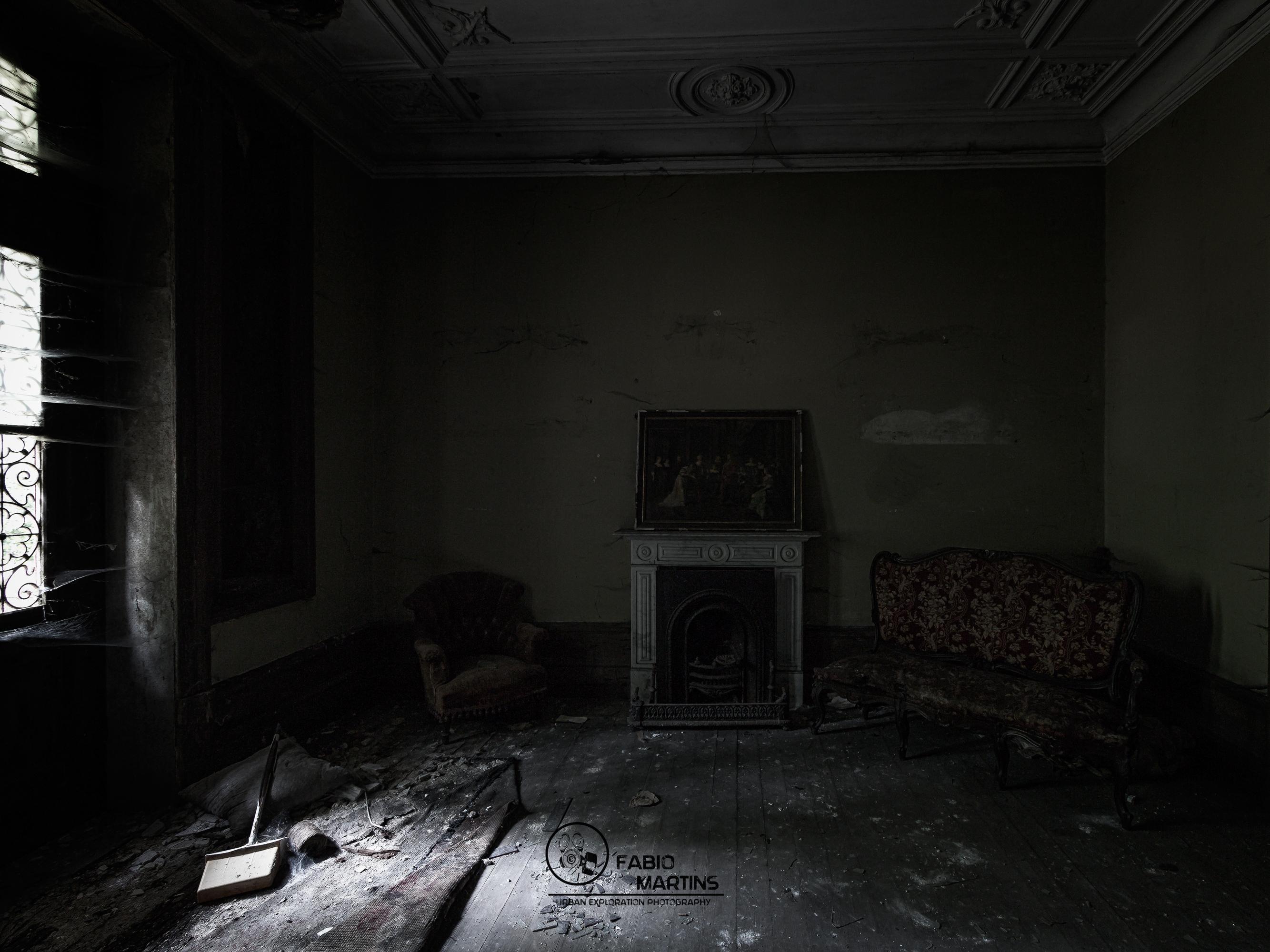 Fondos de pantalla : pintura, ventana, urbano, abandonado, sombra ...