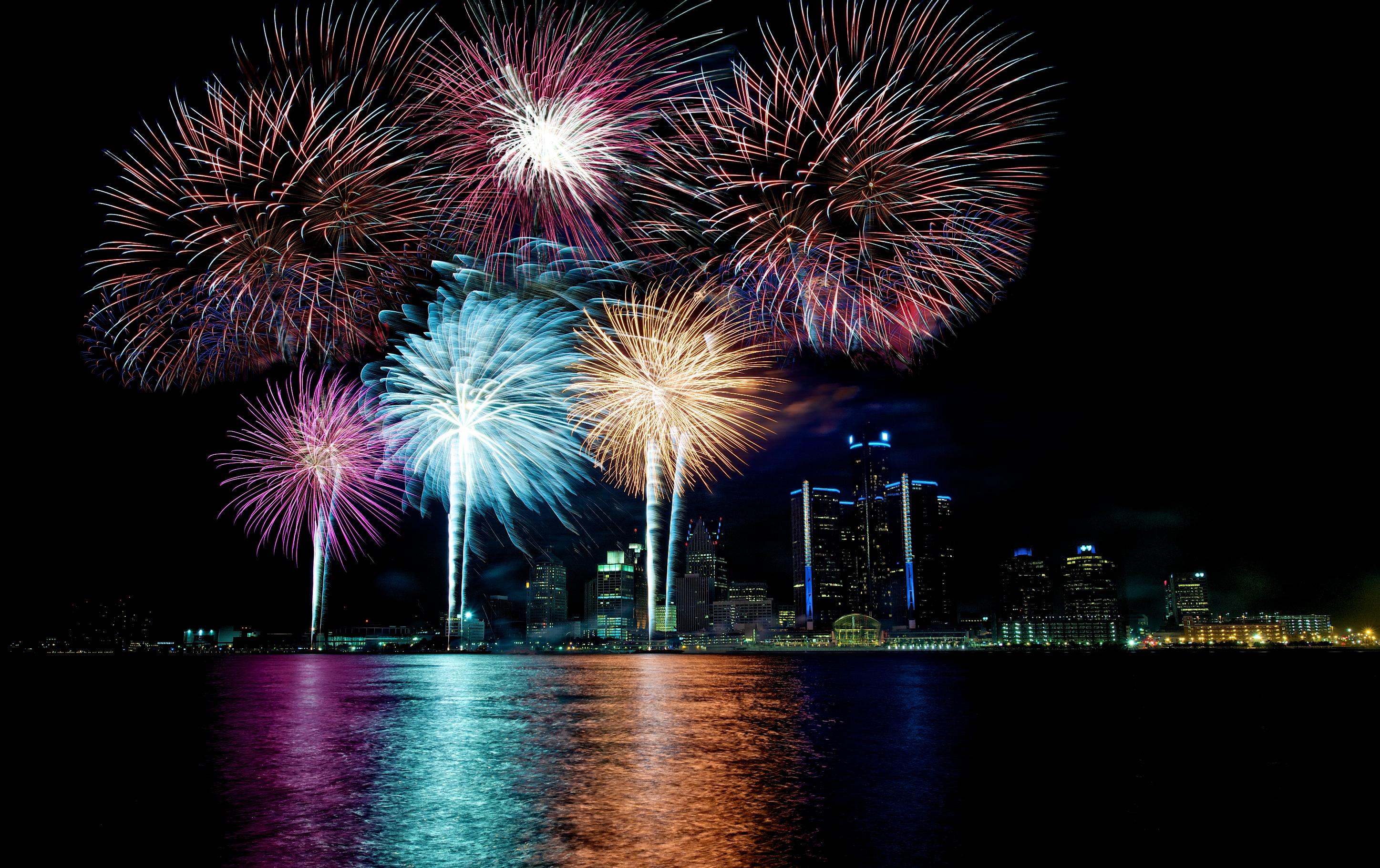 park city longexposure Ontario Canada water skyline rocks fireworks Detroit windsor crowds detroitriver 55thanniversary nikond600 bertweeksmemorialgardens